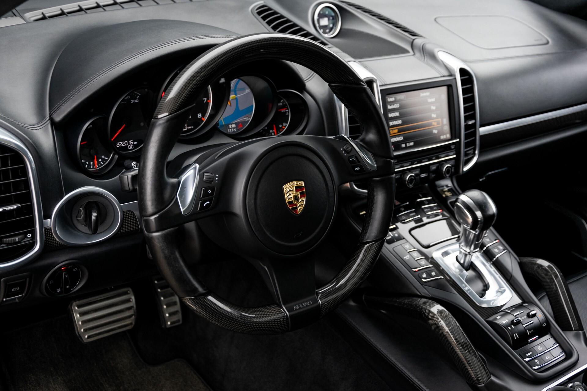 Porsche Cayenne 4.8 Turbo Ceramic/Akrapovic/Carbon/Burmester/Exclusive Aut8 Foto 15