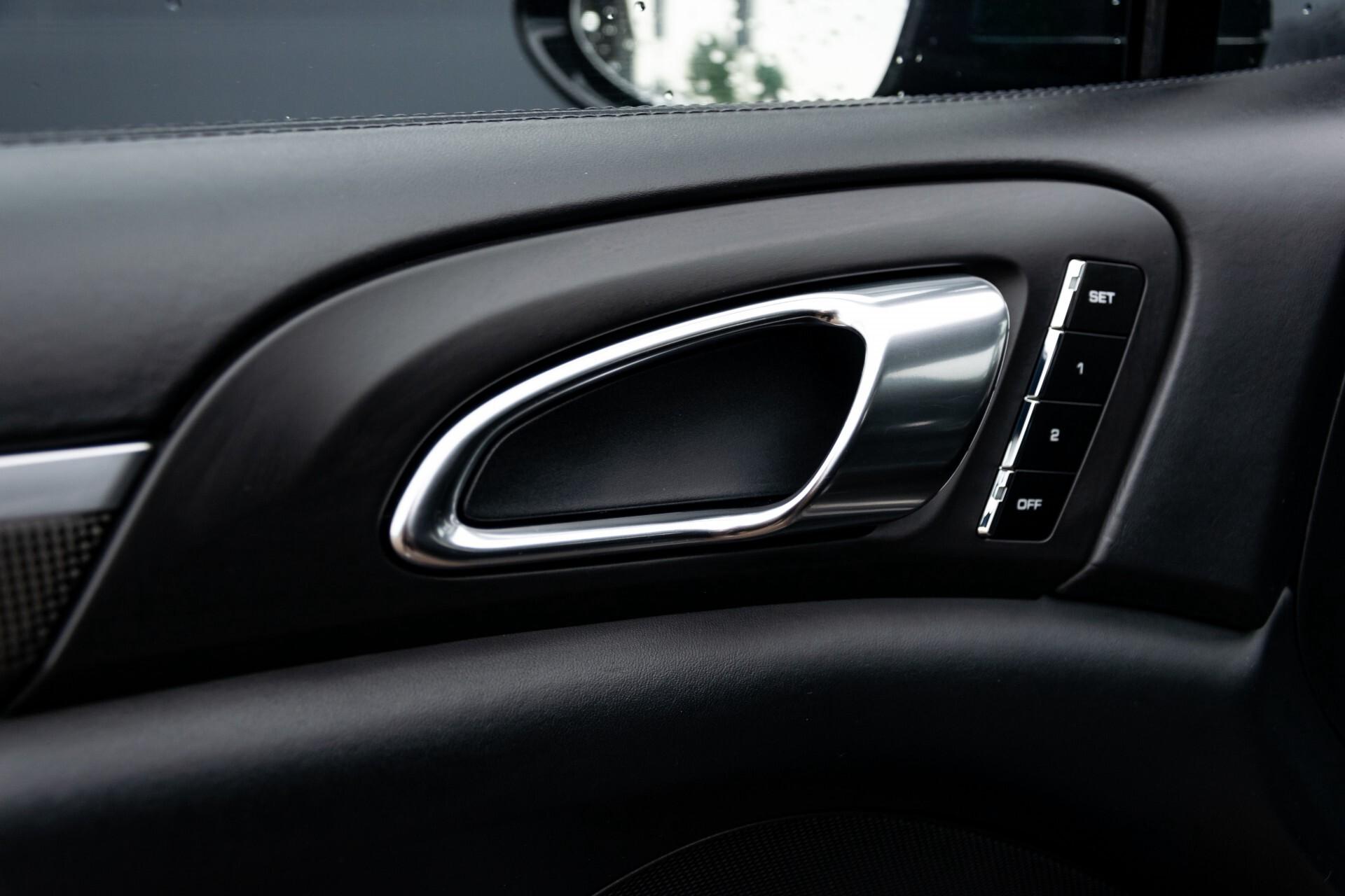 Porsche Cayenne 4.8 Turbo Ceramic/Akrapovic/Carbon/Burmester/Exclusive Aut8 Foto 21