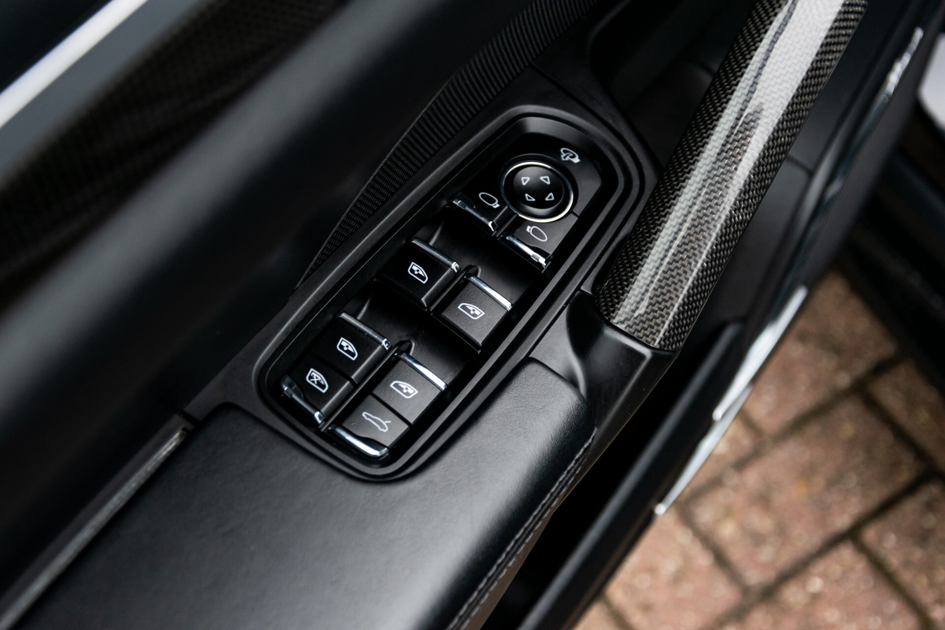 Porsche Cayenne 4.8 Turbo Ceramic/Akrapovic/Carbon/Burmester/Exclusive Aut8 Foto 23