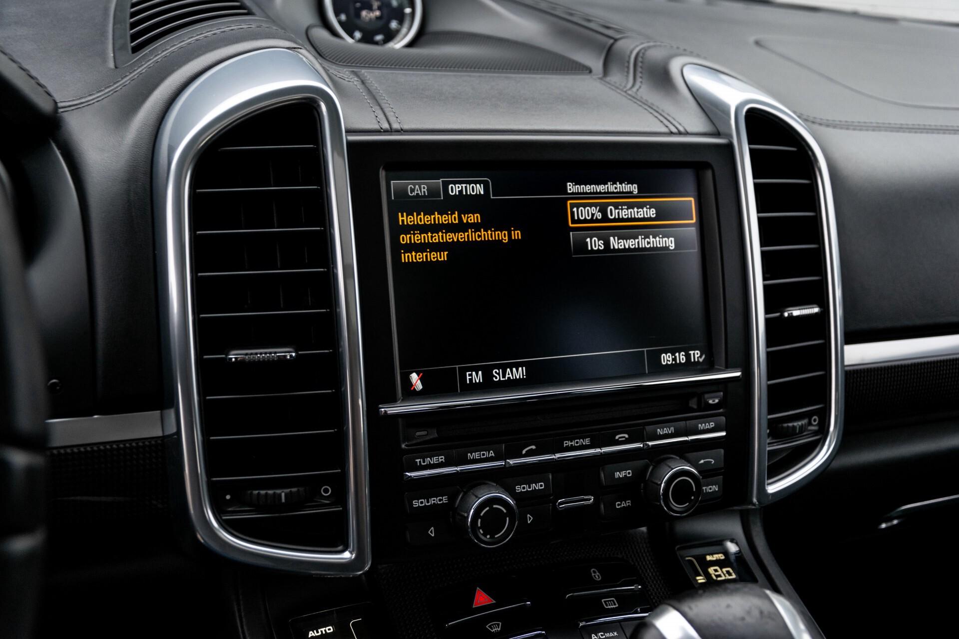 Porsche Cayenne 4.8 Turbo Ceramic/Akrapovic/Carbon/Burmester/Exclusive Aut8 Foto 28