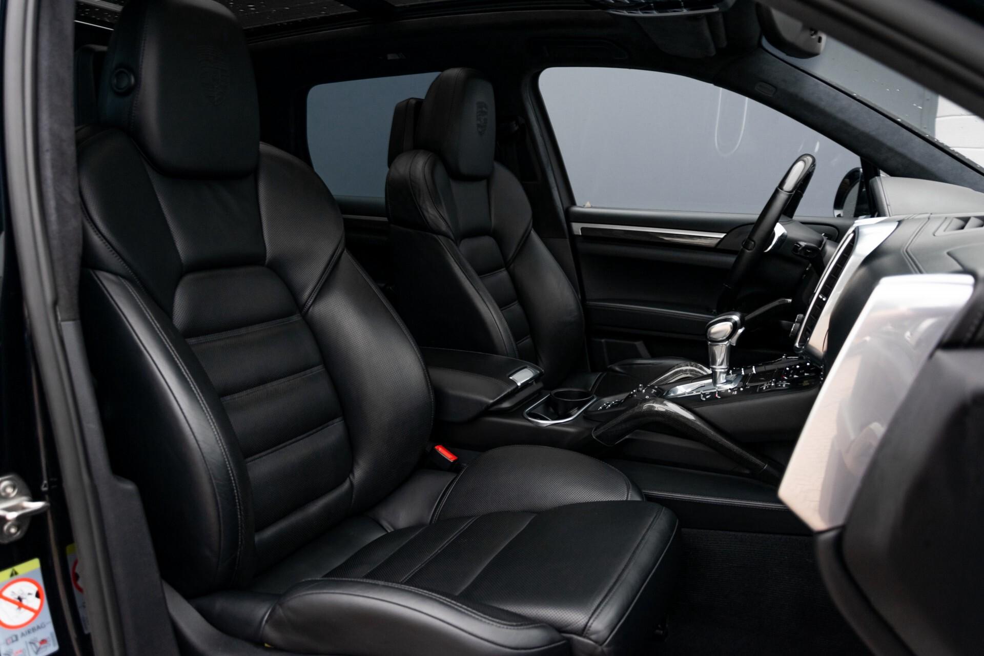 Porsche Cayenne 4.8 Turbo Ceramic/Akrapovic/Carbon/Burmester/Exclusive Aut8 Foto 3