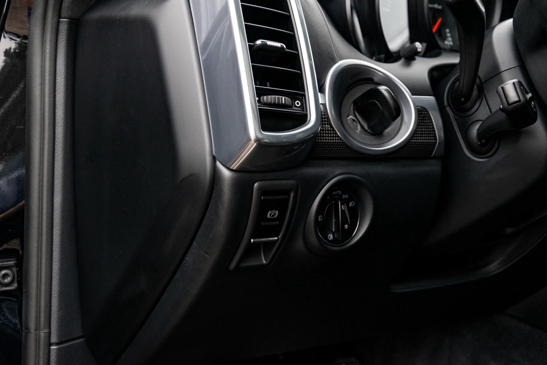 Porsche Cayenne 4.8 Turbo Ceramic/Akrapovic/Carbon/Burmester/Exclusive Aut8 Foto 33