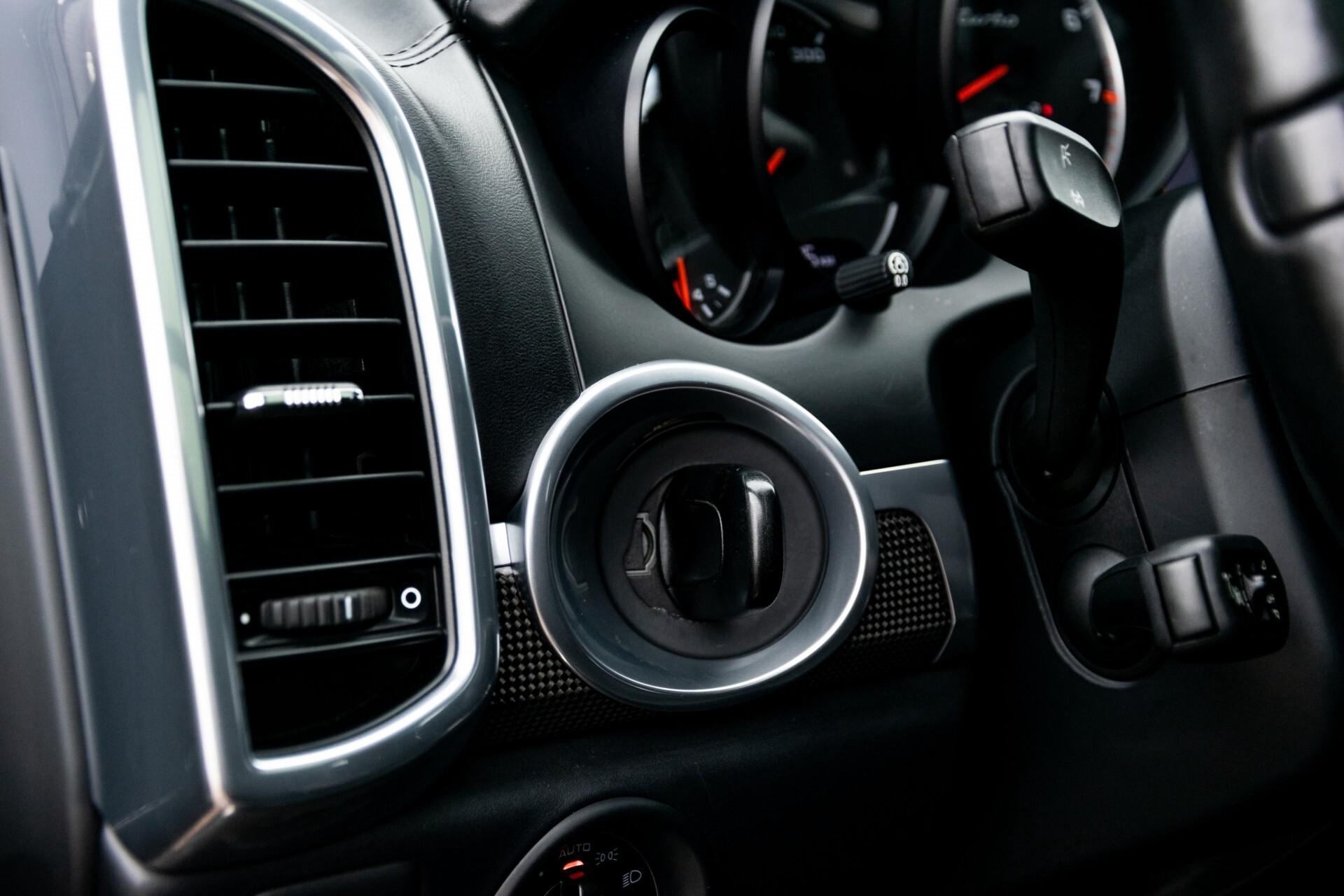 Porsche Cayenne 4.8 Turbo Ceramic/Akrapovic/Carbon/Burmester/Exclusive Aut8 Foto 36