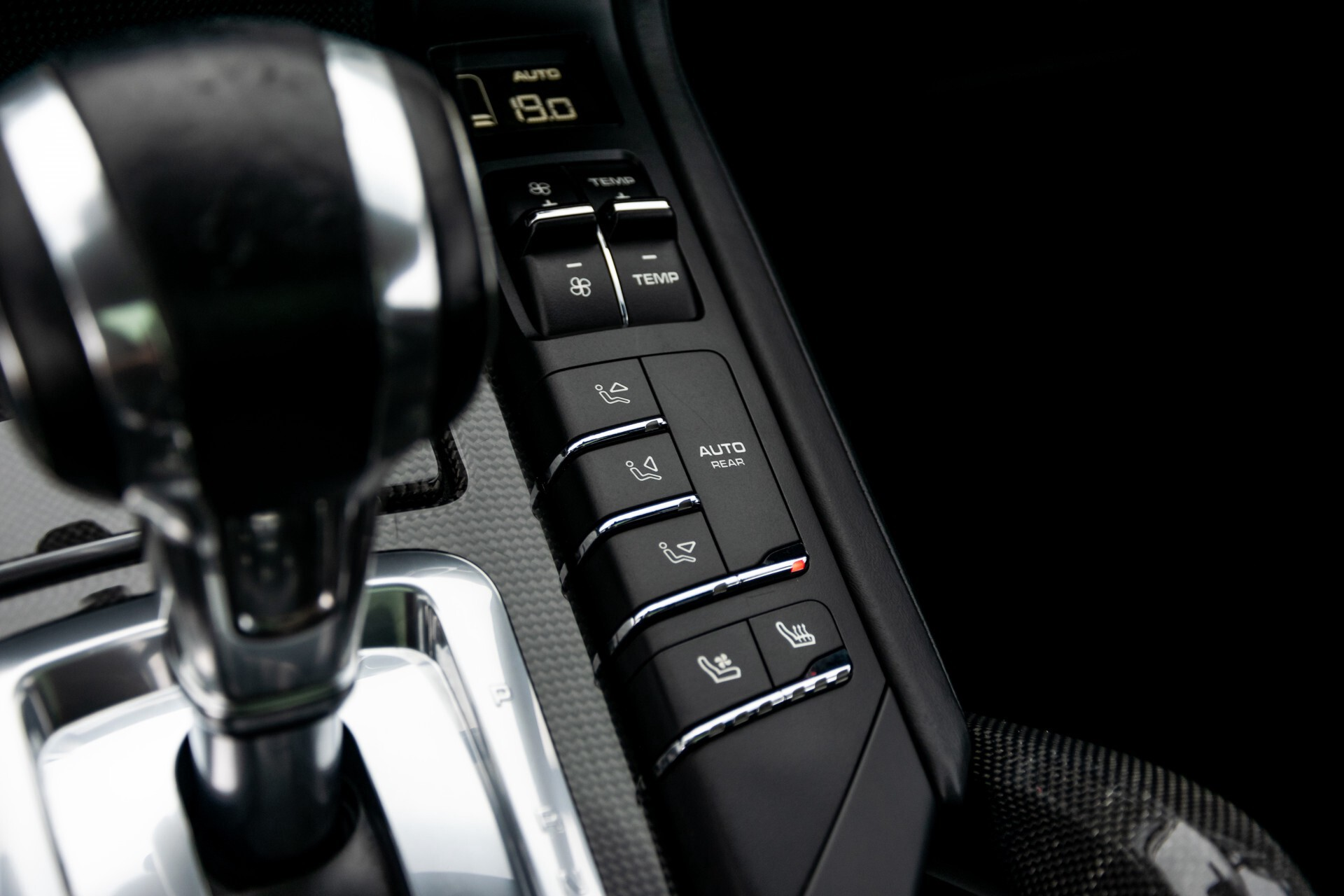 Porsche Cayenne 4.8 Turbo Ceramic/Akrapovic/Carbon/Burmester/Exclusive Aut8 Foto 39