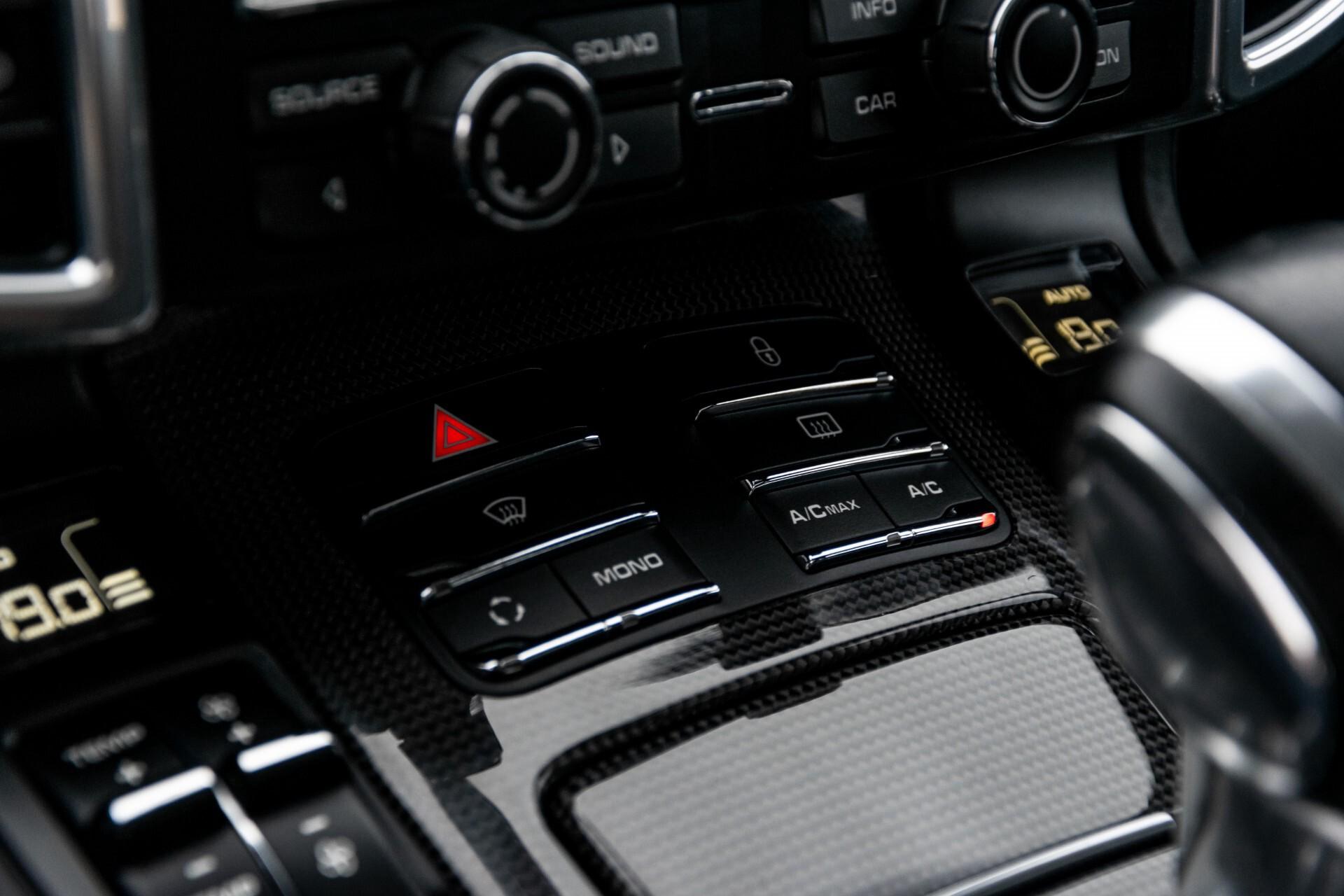 Porsche Cayenne 4.8 Turbo Ceramic/Akrapovic/Carbon/Burmester/Exclusive Aut8 Foto 44