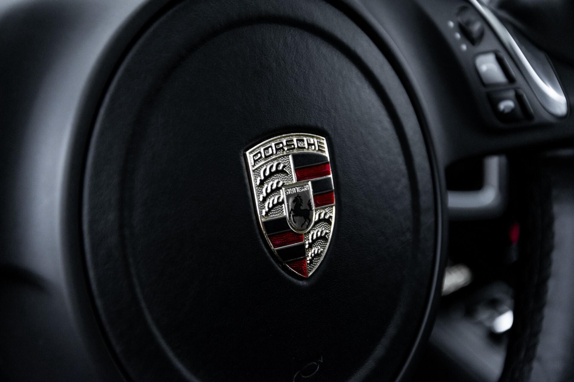 Porsche Cayenne 4.8 Turbo Ceramic/Akrapovic/Carbon/Burmester/Exclusive Aut8 Foto 46