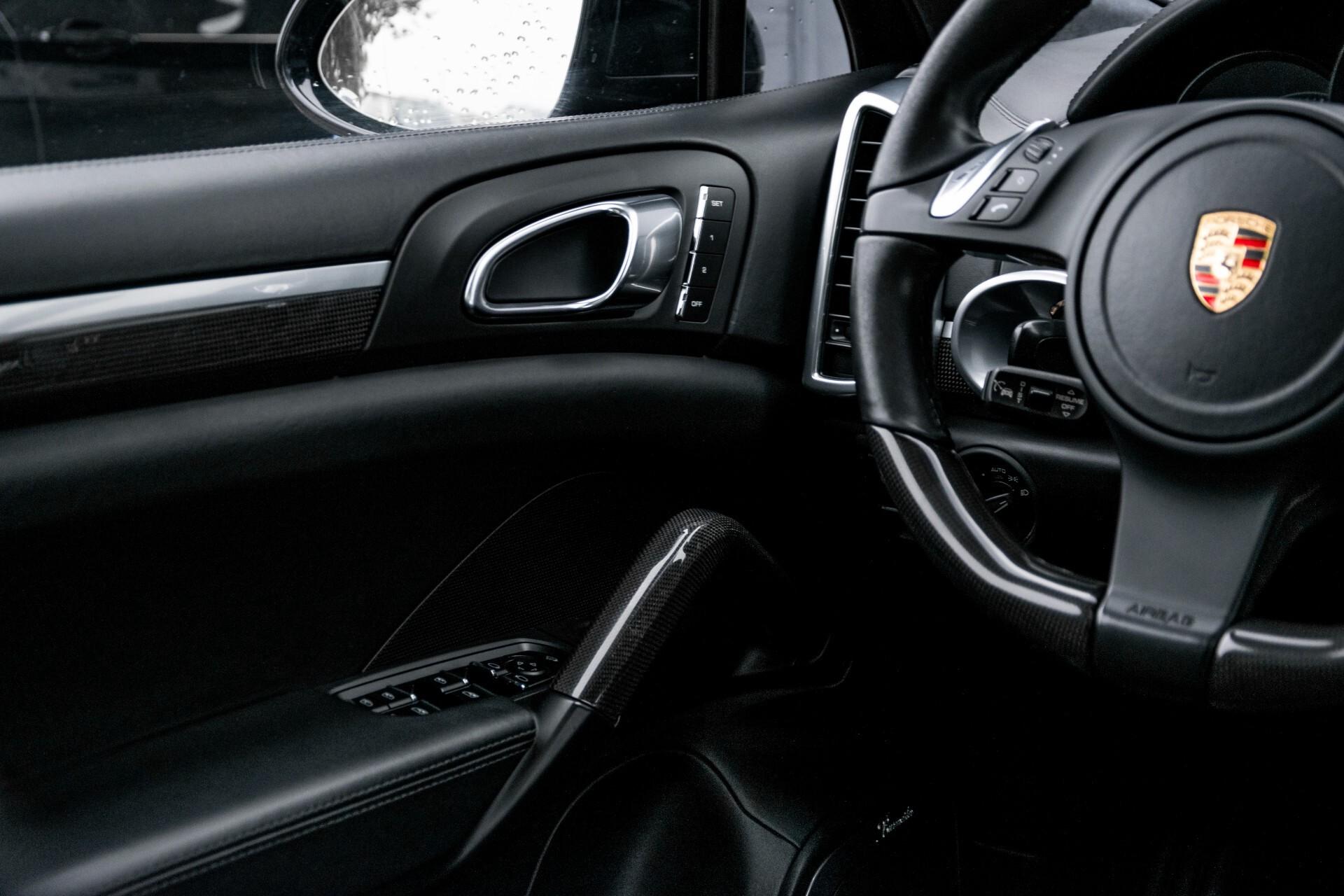 Porsche Cayenne 4.8 Turbo Ceramic/Akrapovic/Carbon/Burmester/Exclusive Aut8 Foto 49