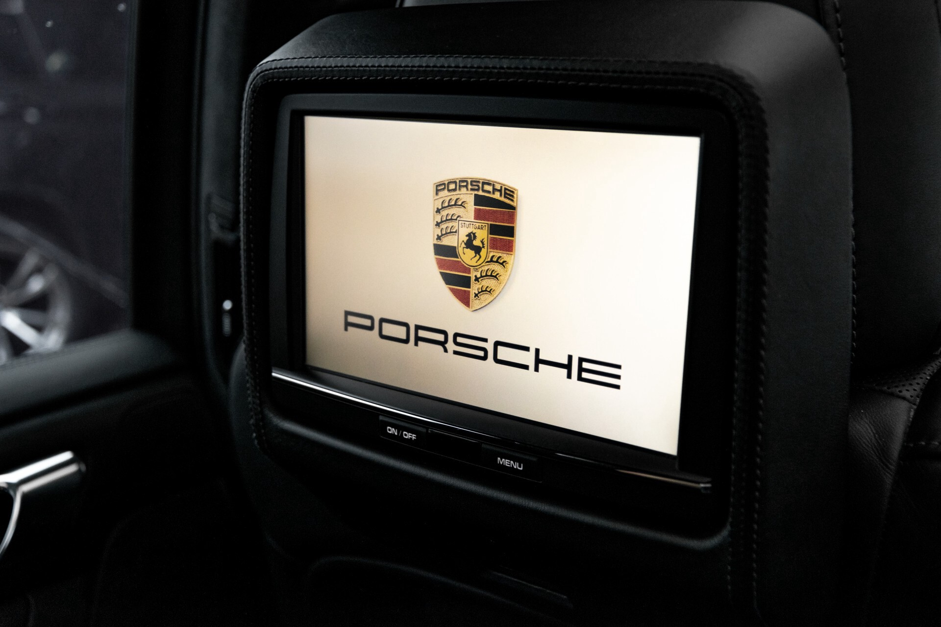 Porsche Cayenne 4.8 Turbo Ceramic/Akrapovic/Carbon/Burmester/Exclusive Aut8 Foto 52