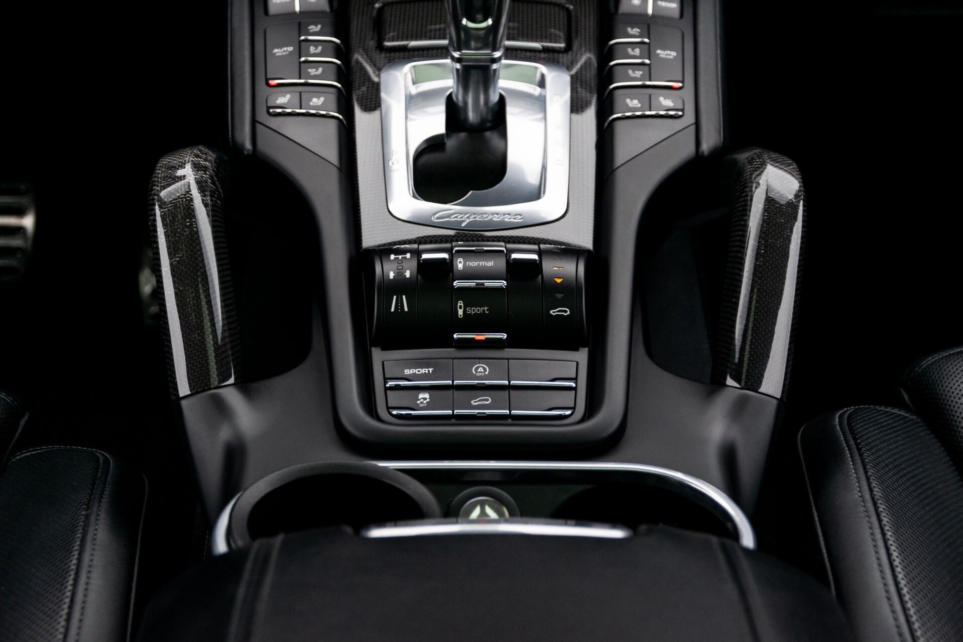 Porsche Cayenne 4.8 Turbo Ceramic/Akrapovic/Carbon/Burmester/Exclusive Aut8 Foto 53