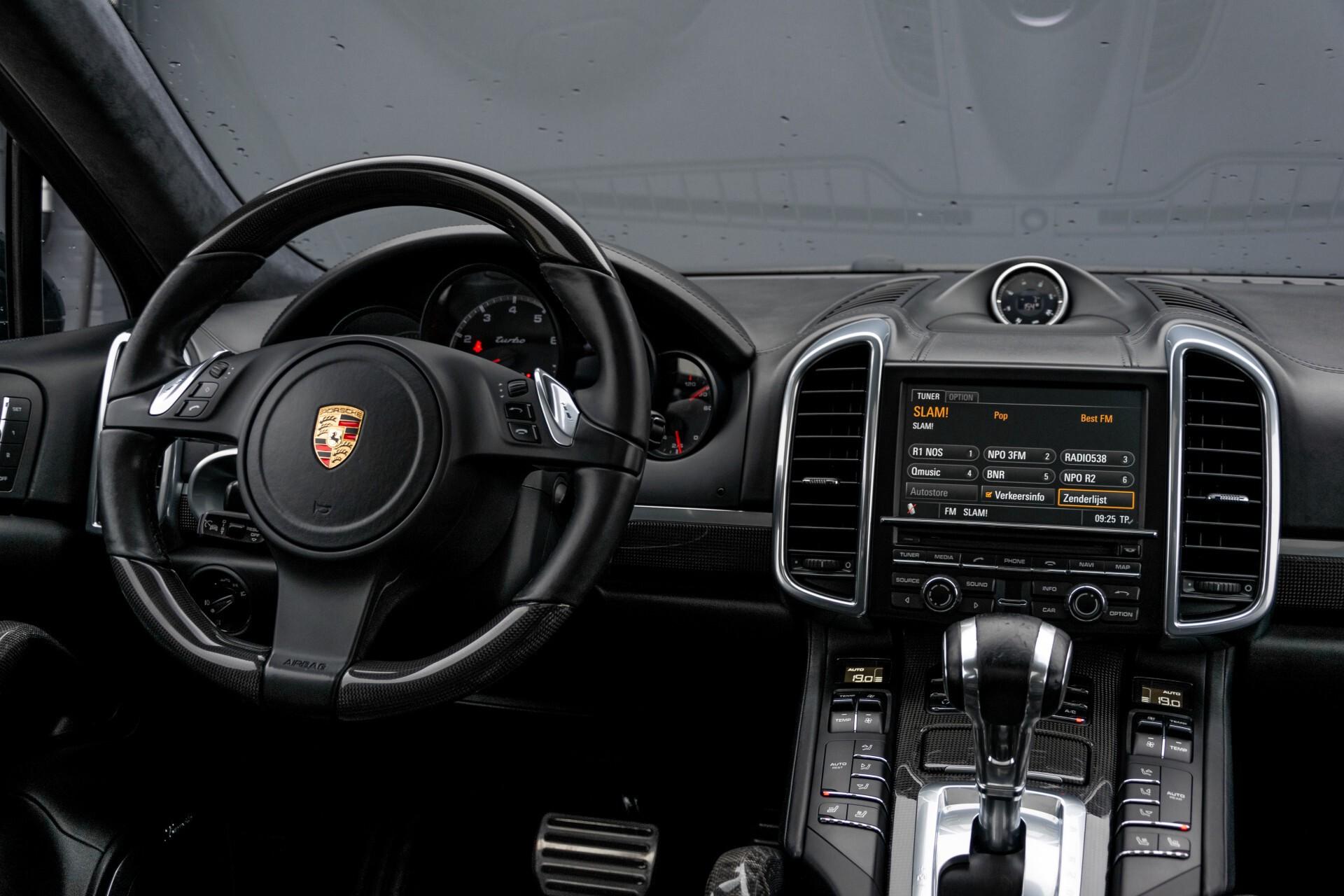 Porsche Cayenne 4.8 Turbo Ceramic/Akrapovic/Carbon/Burmester/Exclusive Aut8 Foto 7