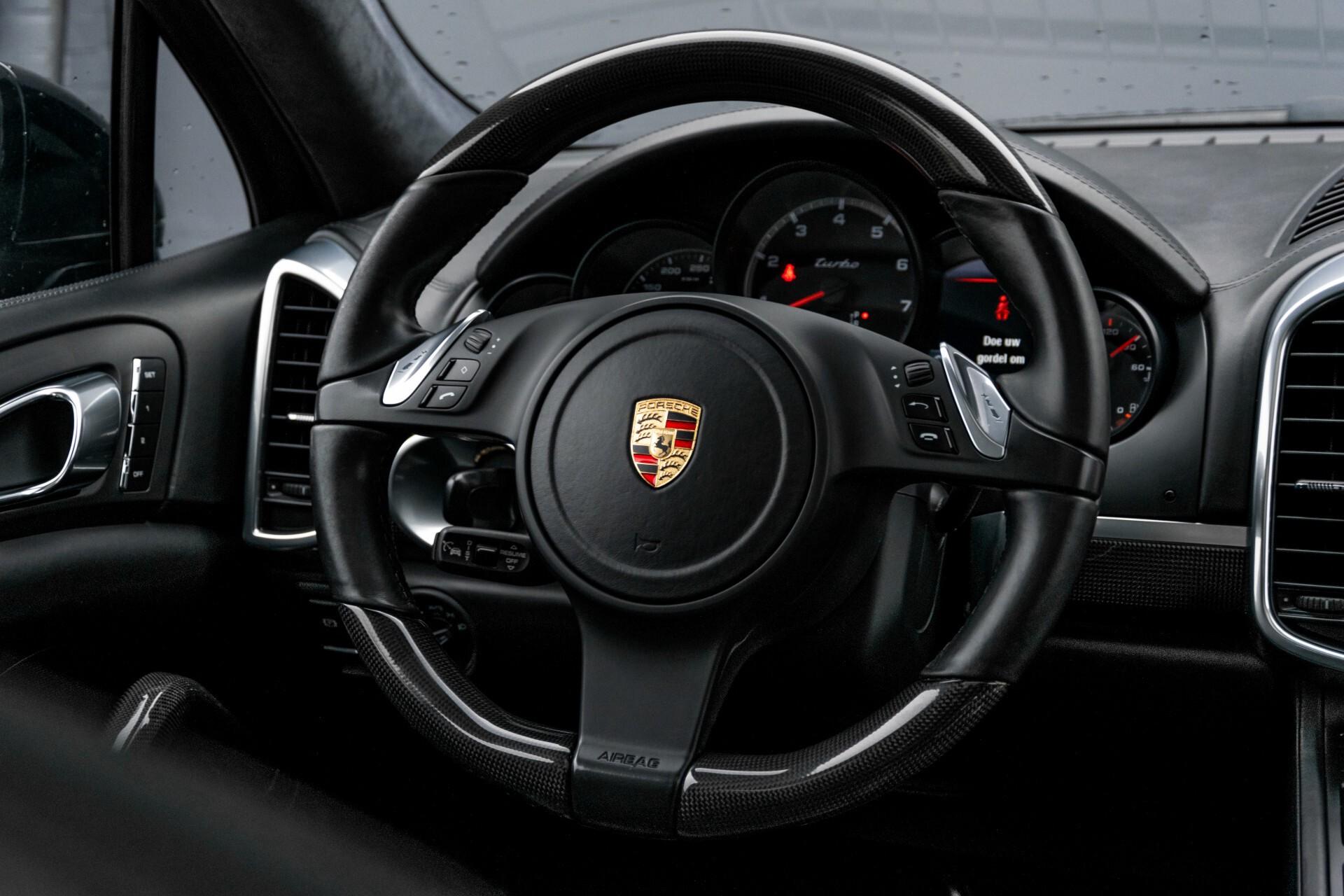Porsche Cayenne 4.8 Turbo Ceramic/Akrapovic/Carbon/Burmester/Exclusive Aut8 Foto 8