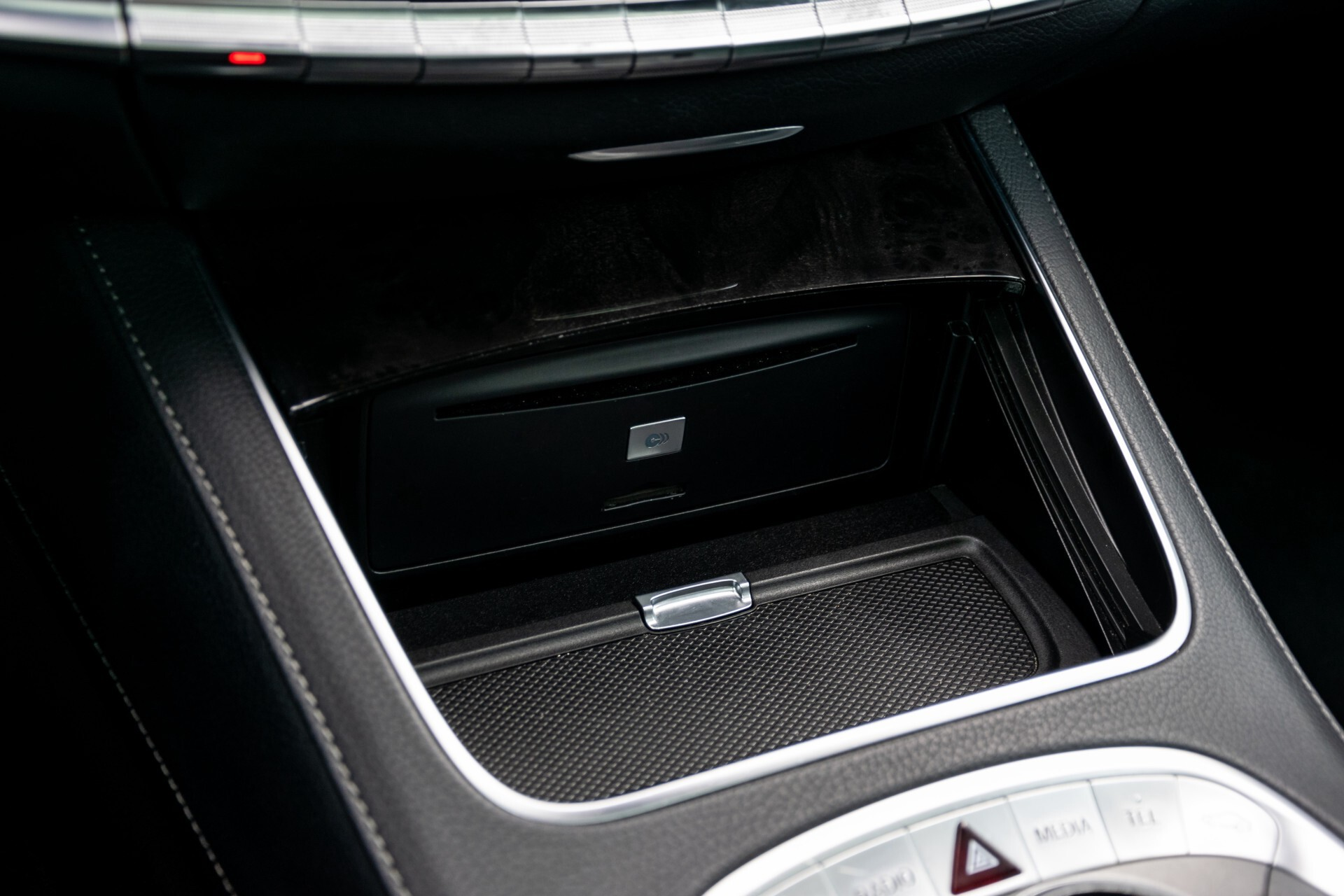 Mercedes-Benz S-Klasse 400 Hybrid AMG Entertainment/Rij-assistentie/Panorama Aut7 Foto 45