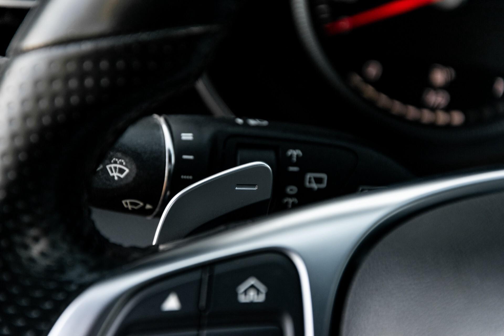 Mercedes-Benz C-Klasse Estate 220 Bluetec AMG Panorama/HUD/Memory Aut7 Foto 11
