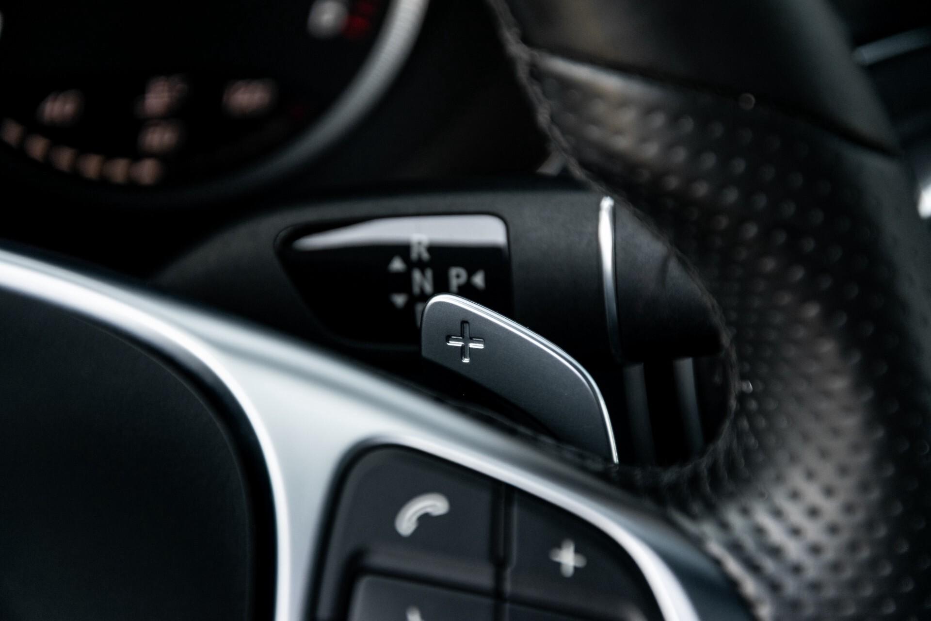 Mercedes-Benz C-Klasse Estate 220 Bluetec AMG Panorama/HUD/Memory Aut7 Foto 13