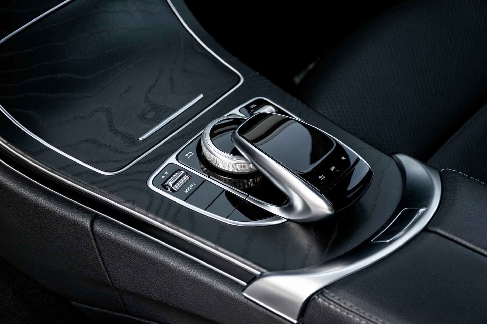 Mercedes-Benz C-Klasse Estate 220 Bluetec AMG Panorama/HUD/Memory Aut7 Foto 18