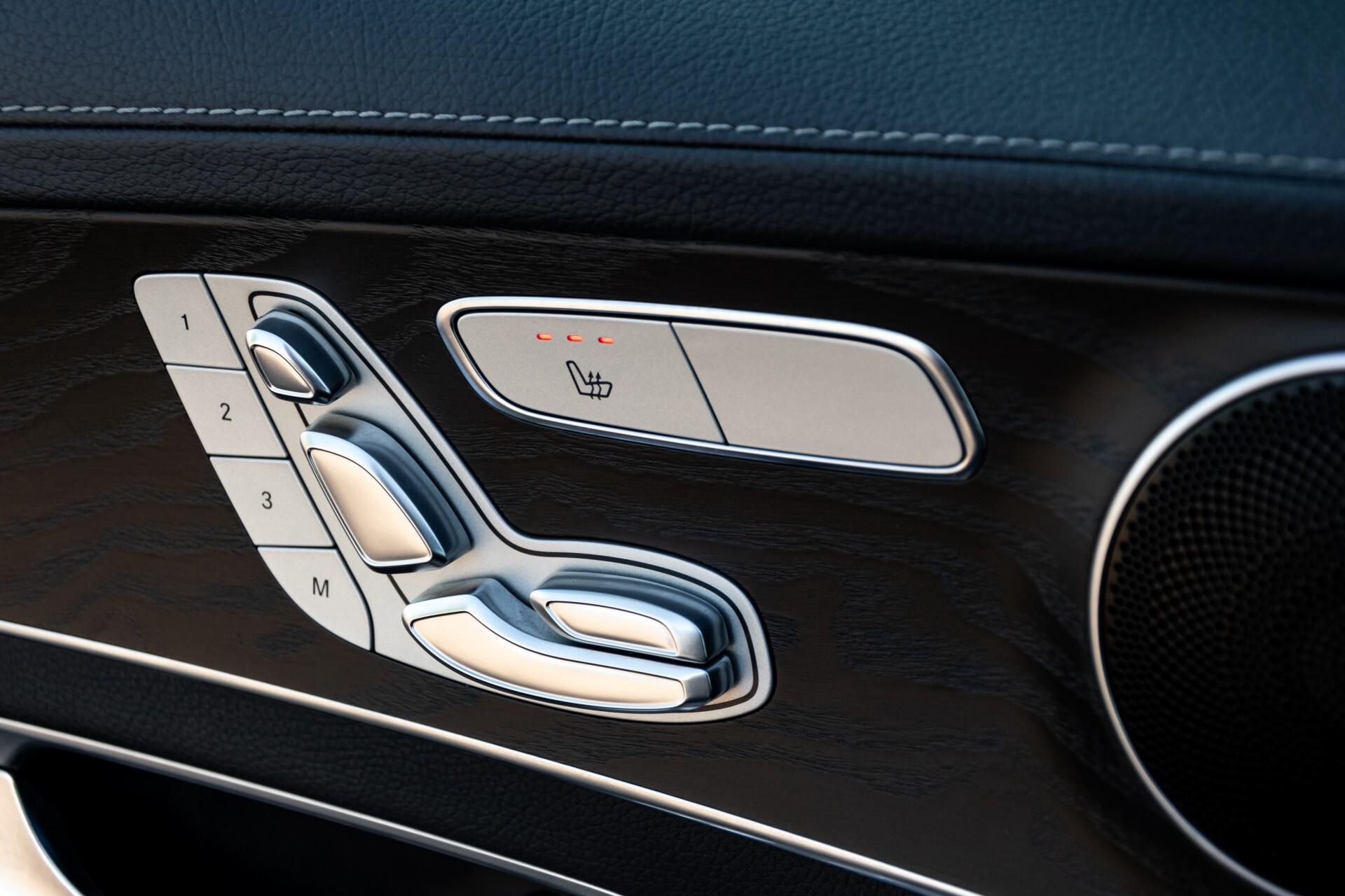Mercedes-Benz C-Klasse Estate 220 Bluetec AMG Panorama/HUD/Memory Aut7 Foto 22
