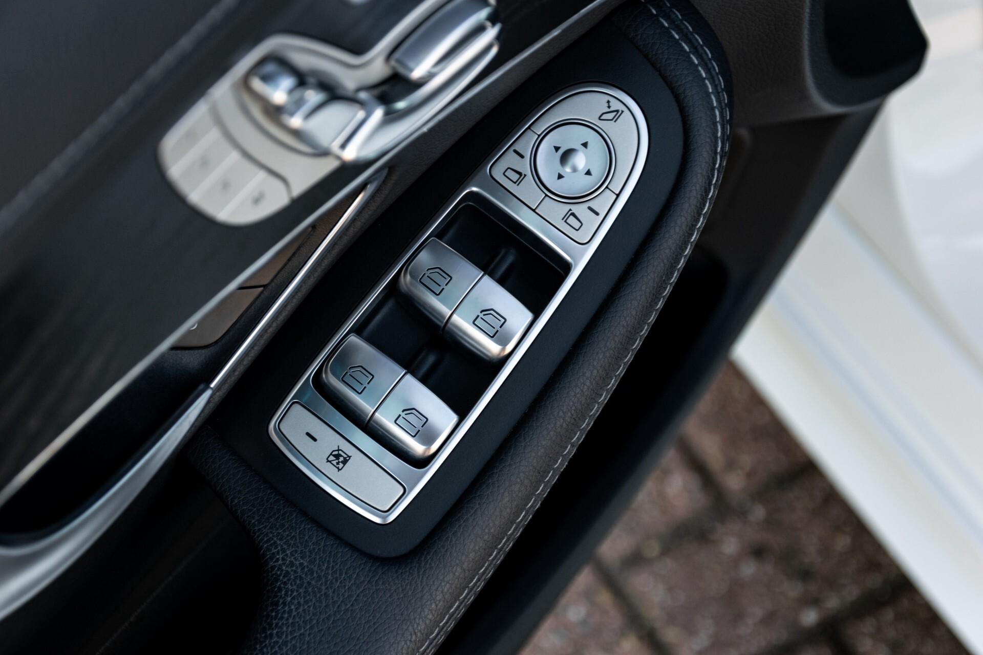 Mercedes-Benz C-Klasse Estate 220 Bluetec AMG Panorama/HUD/Memory Aut7 Foto 24