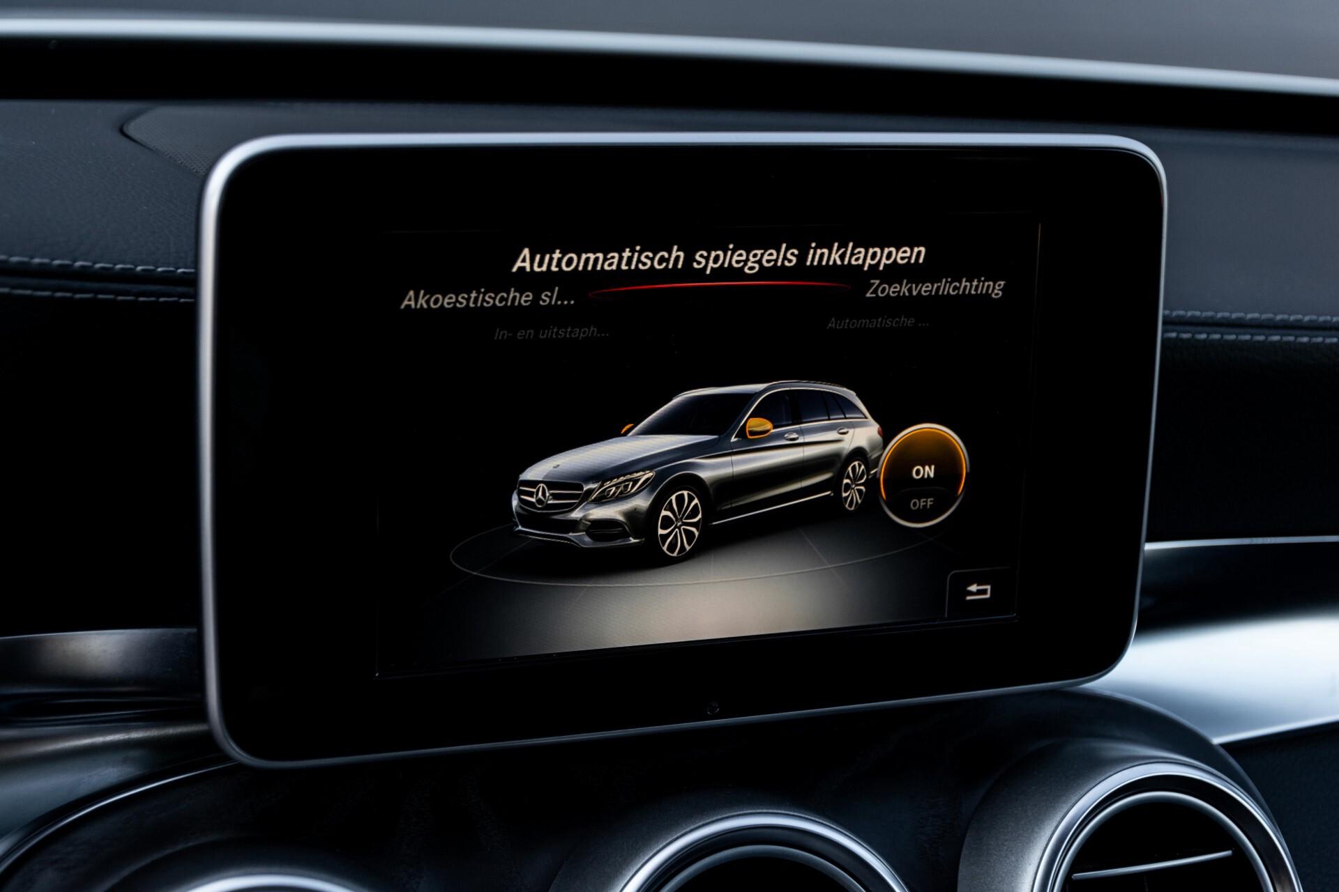 Mercedes-Benz C-Klasse Estate 220 Bluetec AMG Panorama/HUD/Memory Aut7 Foto 27