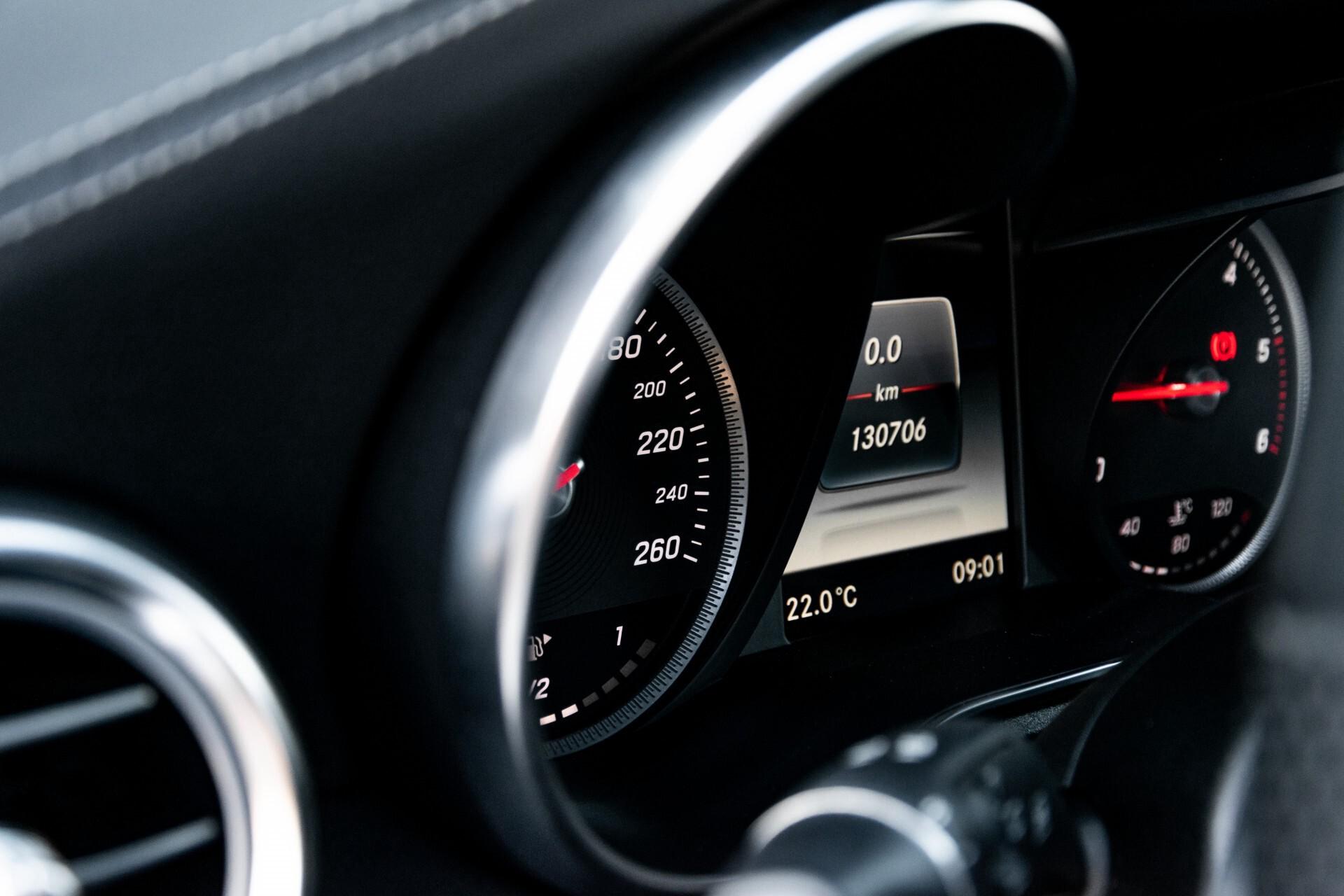 Mercedes-Benz C-Klasse Estate 220 Bluetec AMG Panorama/HUD/Memory Aut7 Foto 30