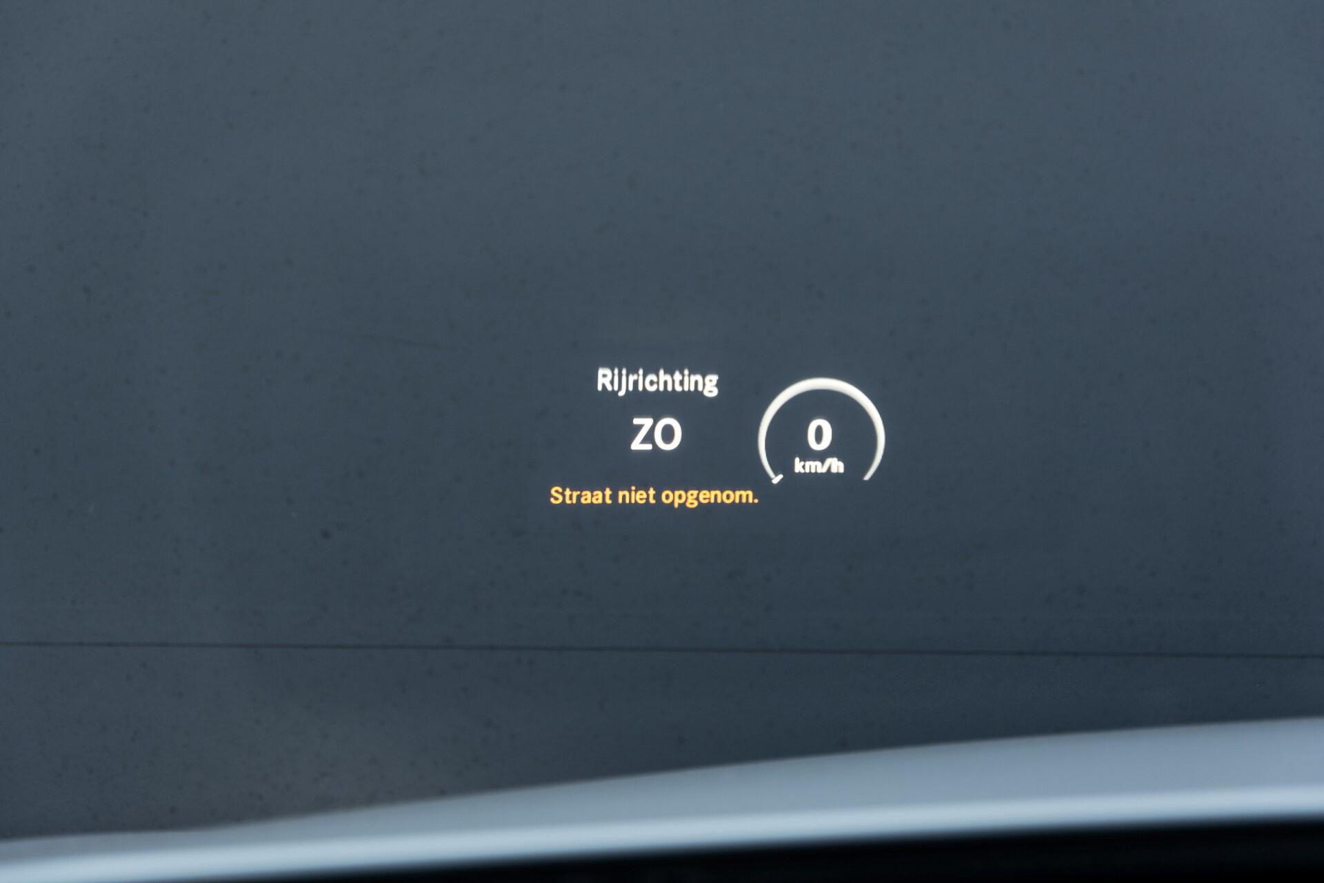 Mercedes-Benz C-Klasse Estate 220 Bluetec AMG Panorama/HUD/Memory Aut7 Foto 32