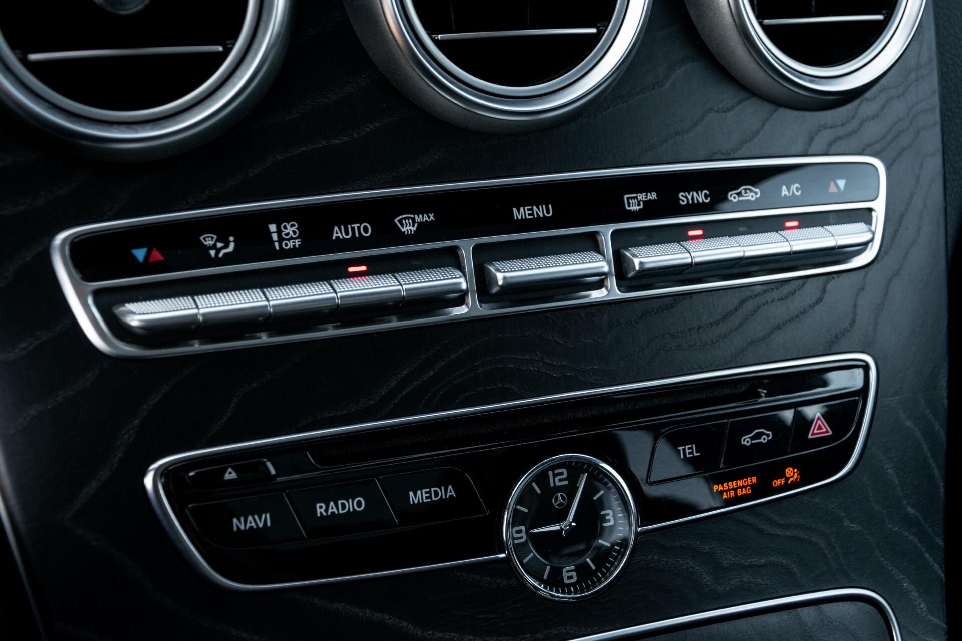 Mercedes-Benz C-Klasse Estate 220 Bluetec AMG Panorama/HUD/Memory Aut7 Foto 36