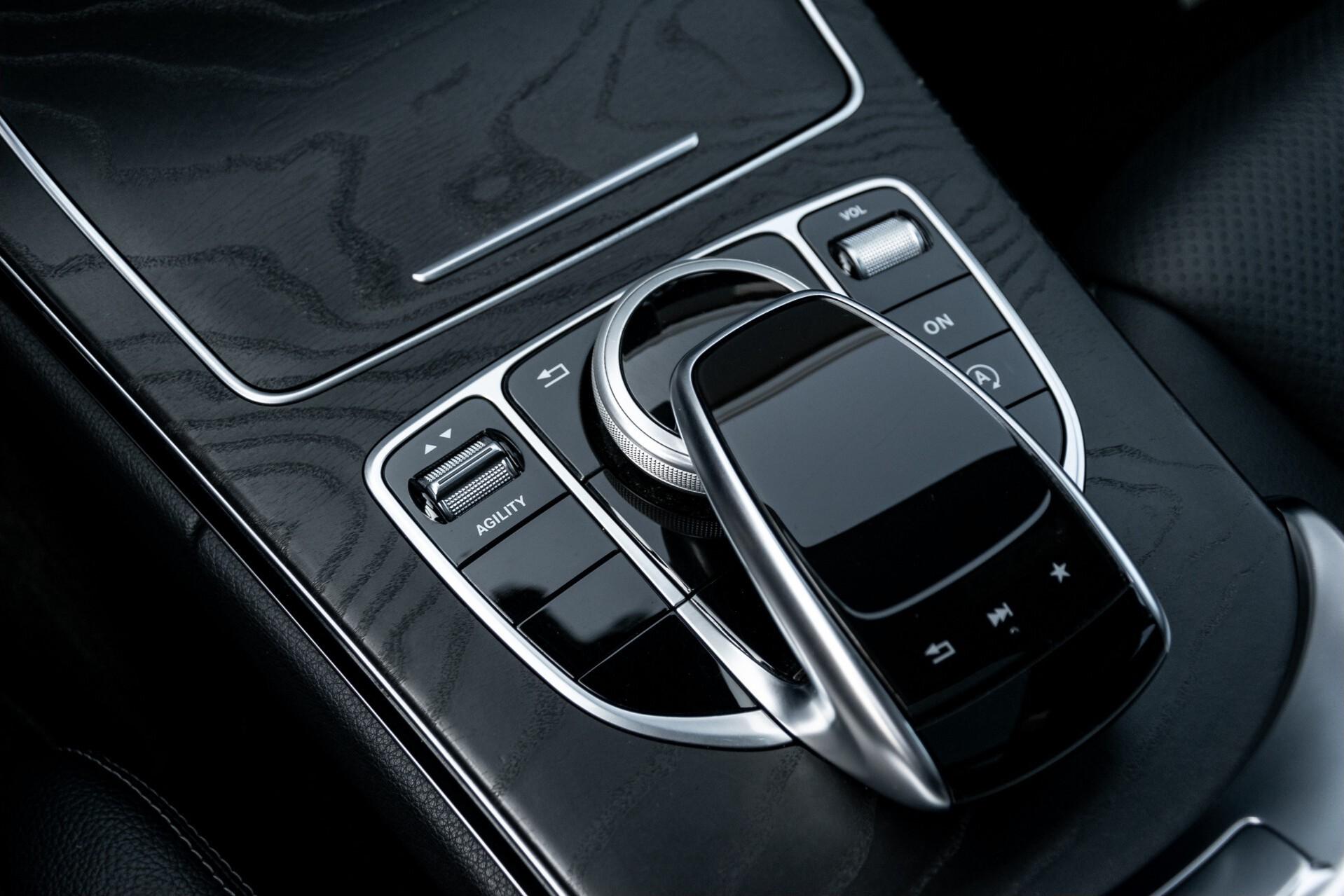Mercedes-Benz C-Klasse Estate 220 Bluetec AMG Panorama/HUD/Memory Aut7 Foto 38