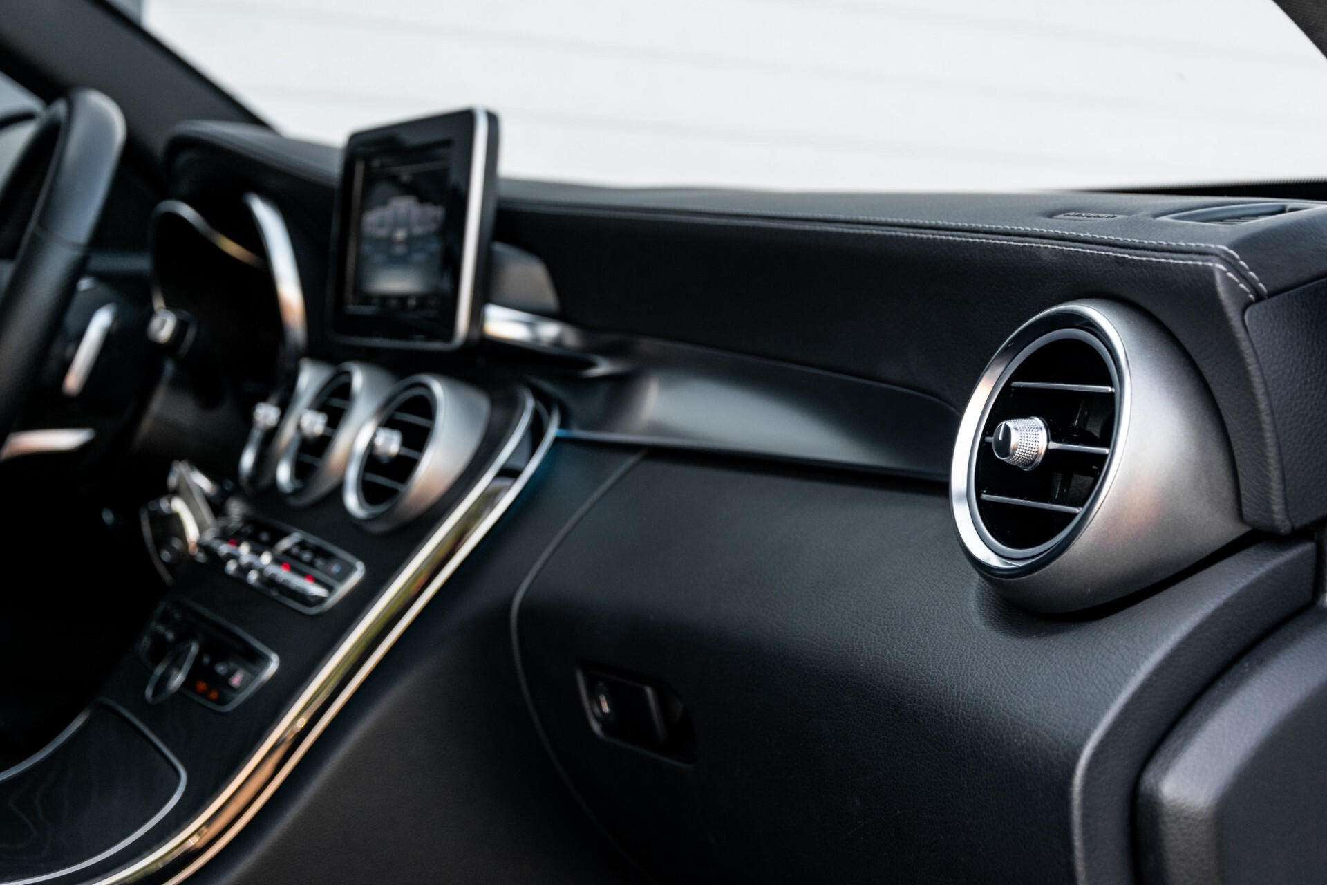 Mercedes-Benz C-Klasse Estate 220 Bluetec AMG Panorama/HUD/Memory Aut7 Foto 46