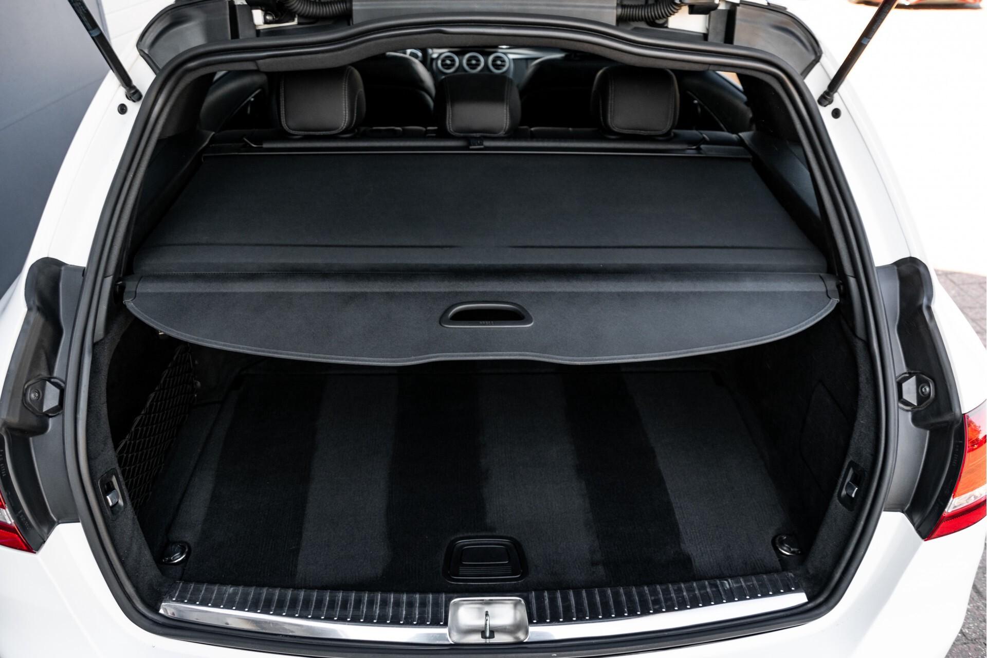Mercedes-Benz C-Klasse Estate 220 Bluetec AMG Panorama/HUD/Memory Aut7 Foto 51