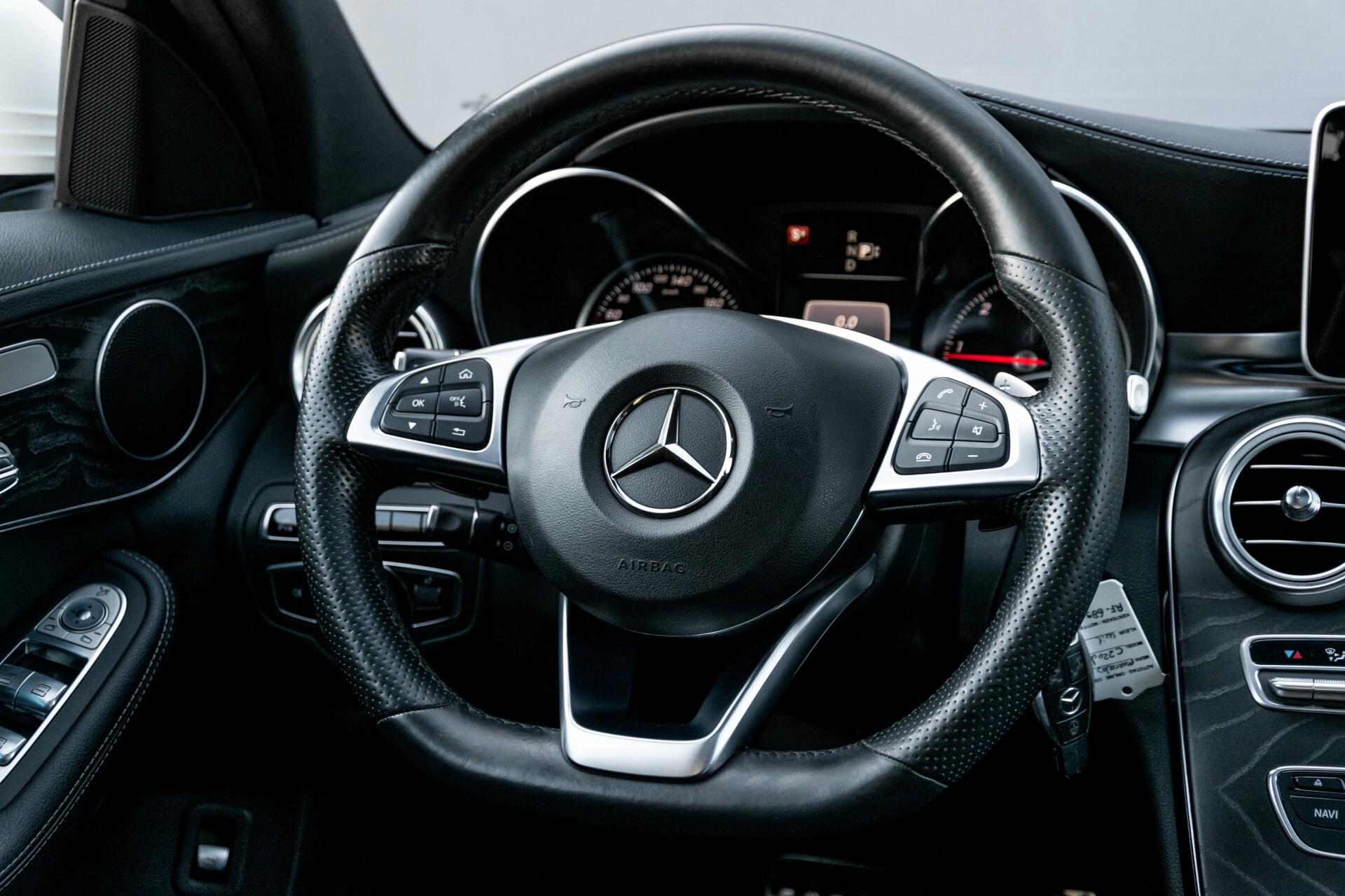 Mercedes-Benz C-Klasse Estate 220 Bluetec AMG Panorama/HUD/Memory Aut7 Foto 7