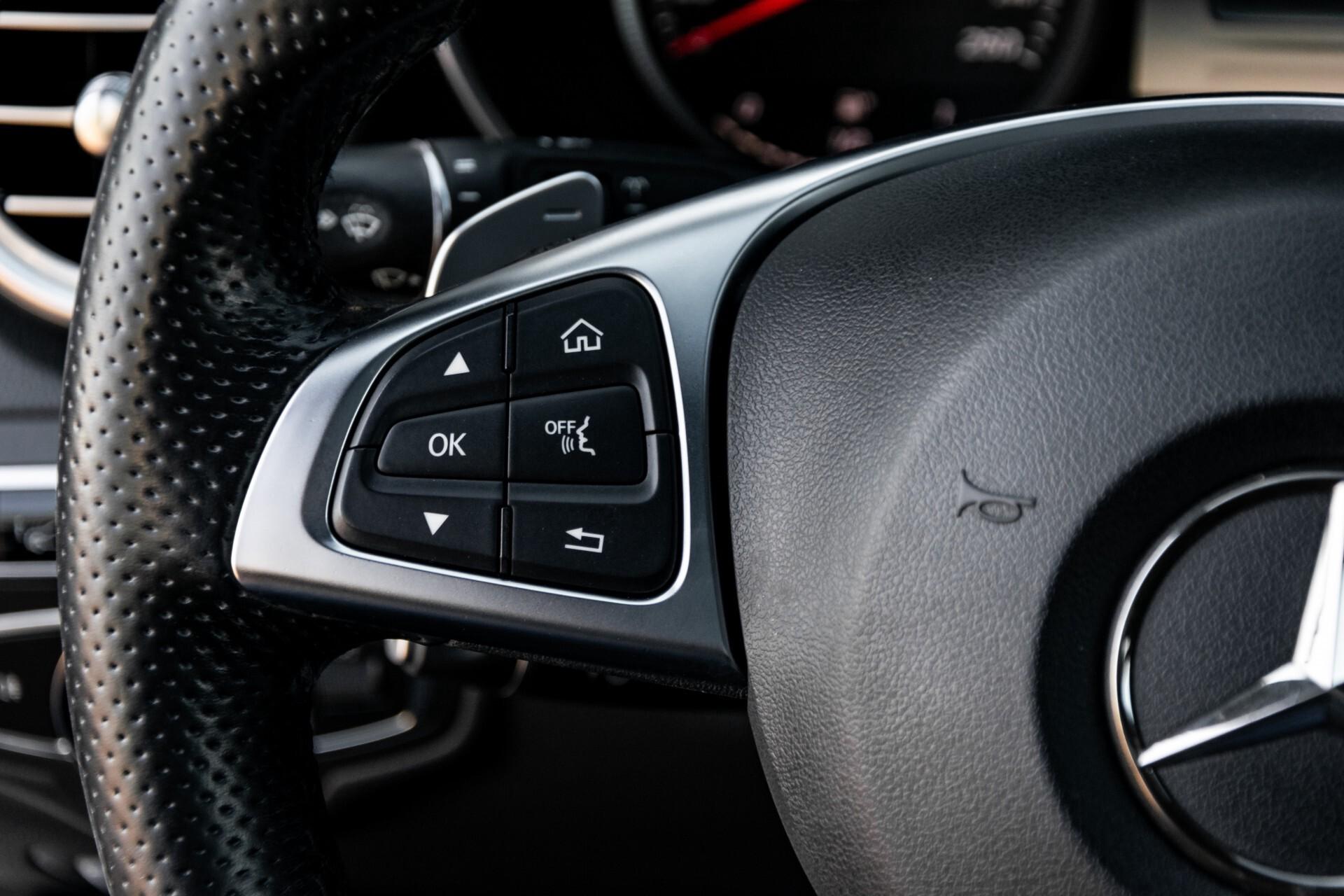 Mercedes-Benz C-Klasse Estate 220 Bluetec AMG Panorama/HUD/Memory Aut7 Foto 9
