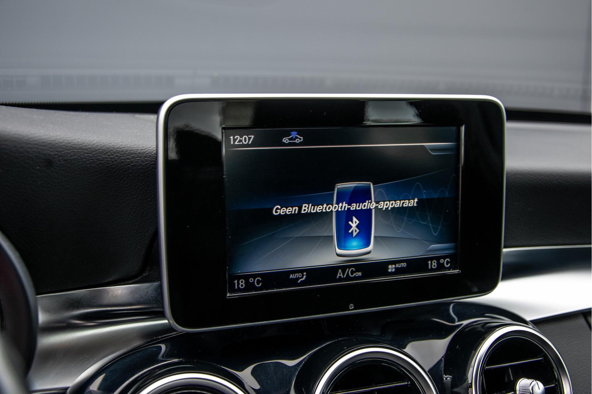 Mercedes-Benz C-Klasse 180 Bluetec Lease Edition Intelligent Light System/Cruise Control/Navi Foto 18
