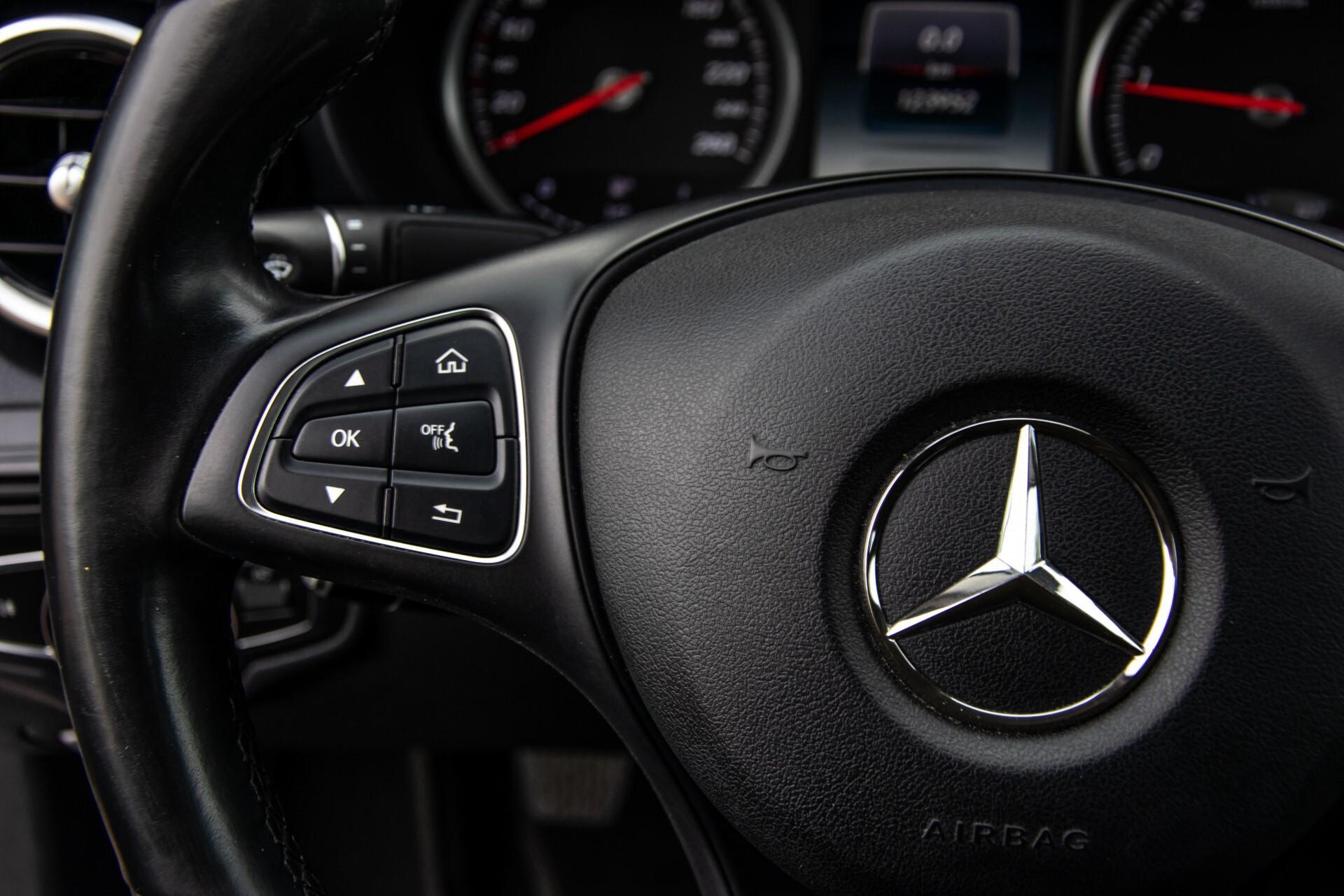 Mercedes-Benz C-Klasse 180 Bluetec Lease Edition Intelligent Light System/Cruise Control/Navi Foto 9
