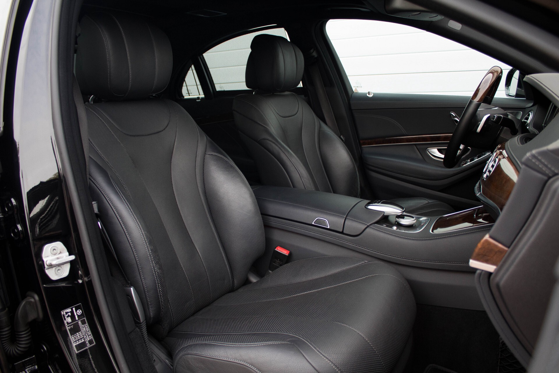 "Mercedes-Benz S-Klasse 350 Bluetec Massage/Keyless/Rij-assistentie/Panorama/Nightvision/19"" Aut7 Foto 3"