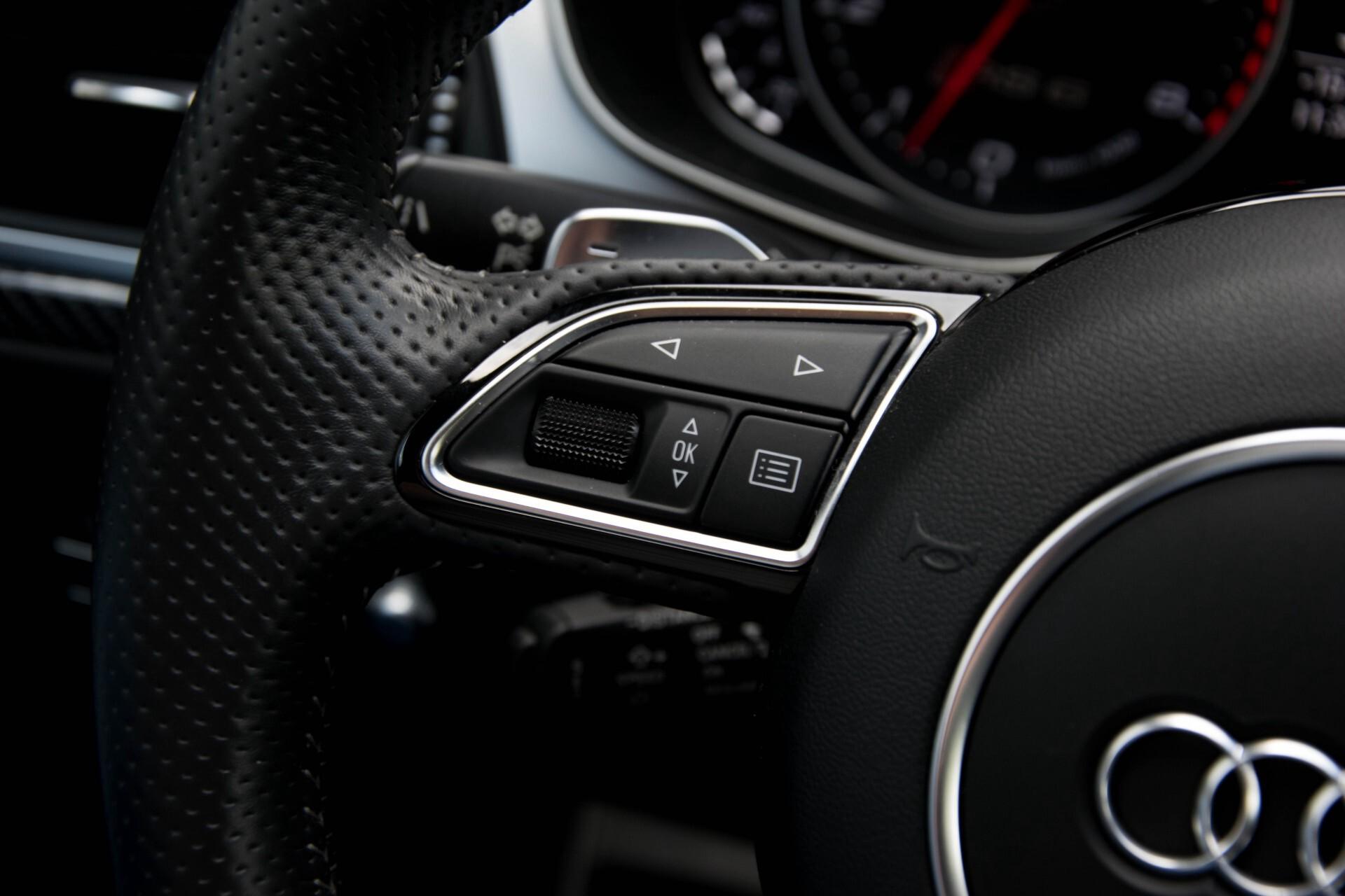 Audi RS6 Avant 4.0 TFSI Quattro B&O/Carbon/Head-Up/Nachtzicht/Exclusive/Camera/Keyless/Pano Aut8 Foto 10