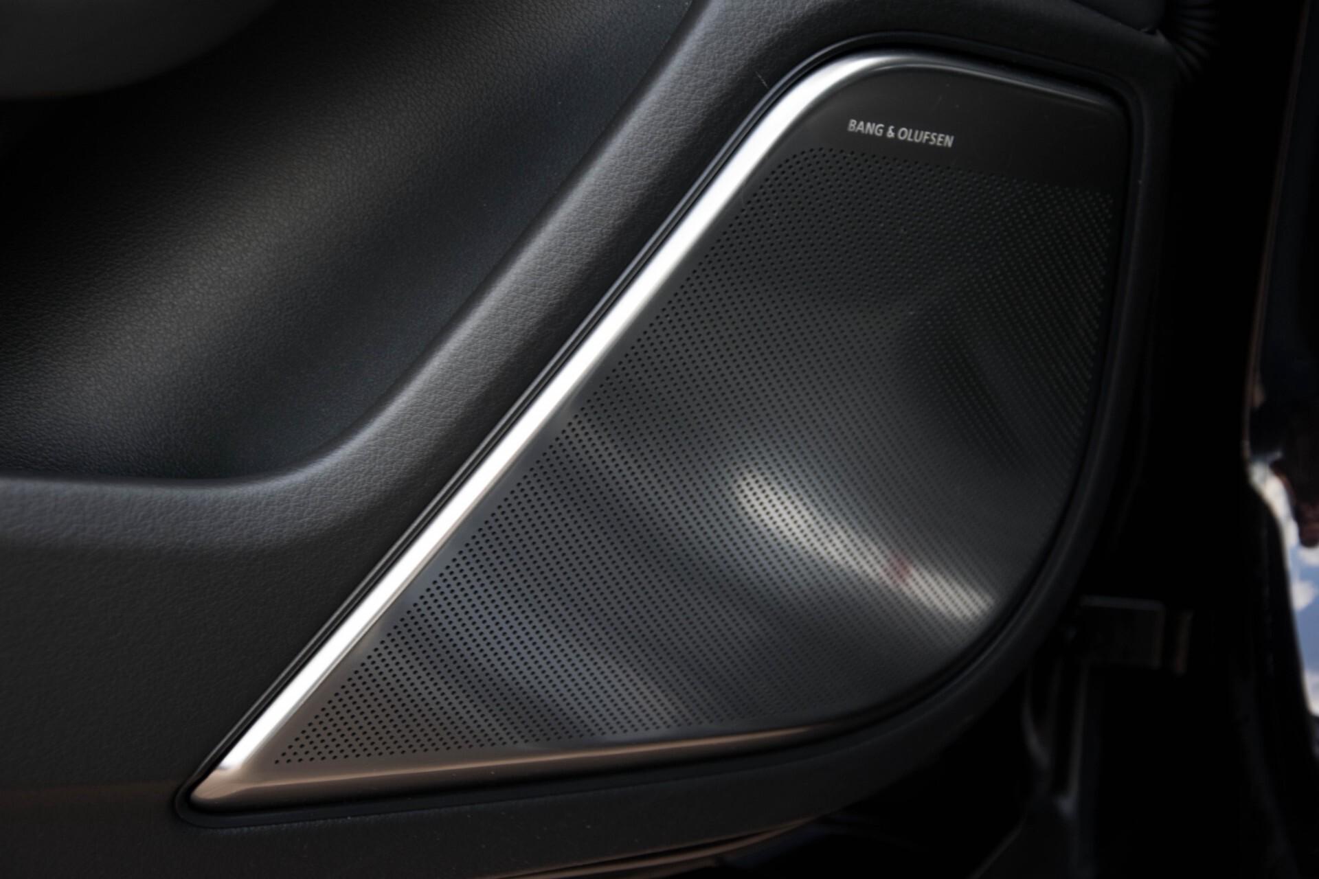 Audi RS6 Avant 4.0 TFSI Quattro B&O/Carbon/Head-Up/Nachtzicht/Exclusive/Camera/Keyless/Pano Aut8 Foto 30