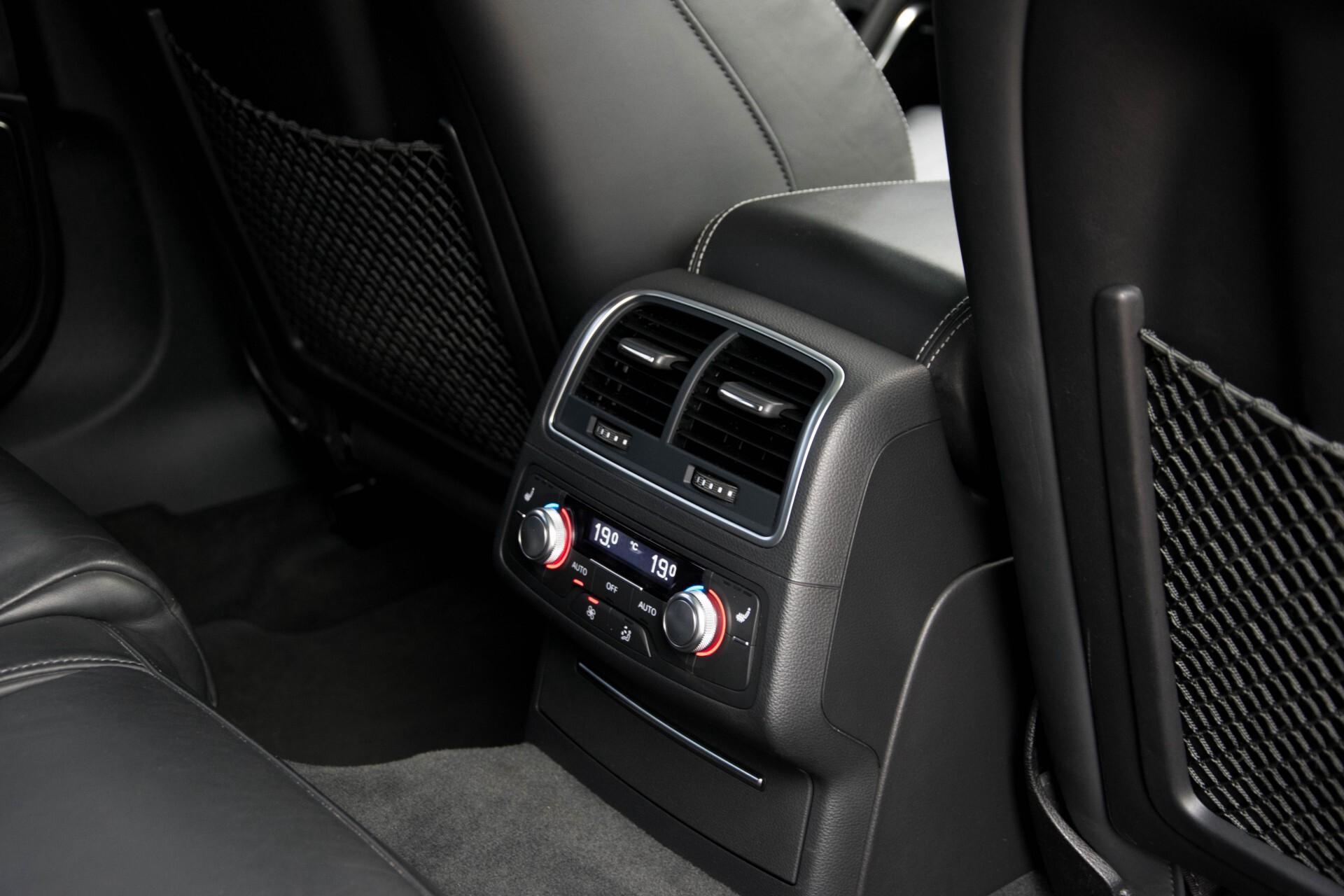 Audi RS6 Avant 4.0 TFSI Quattro B&O/Carbon/Head-Up/Nachtzicht/Exclusive/Camera/Keyless/Pano Aut8 Foto 33