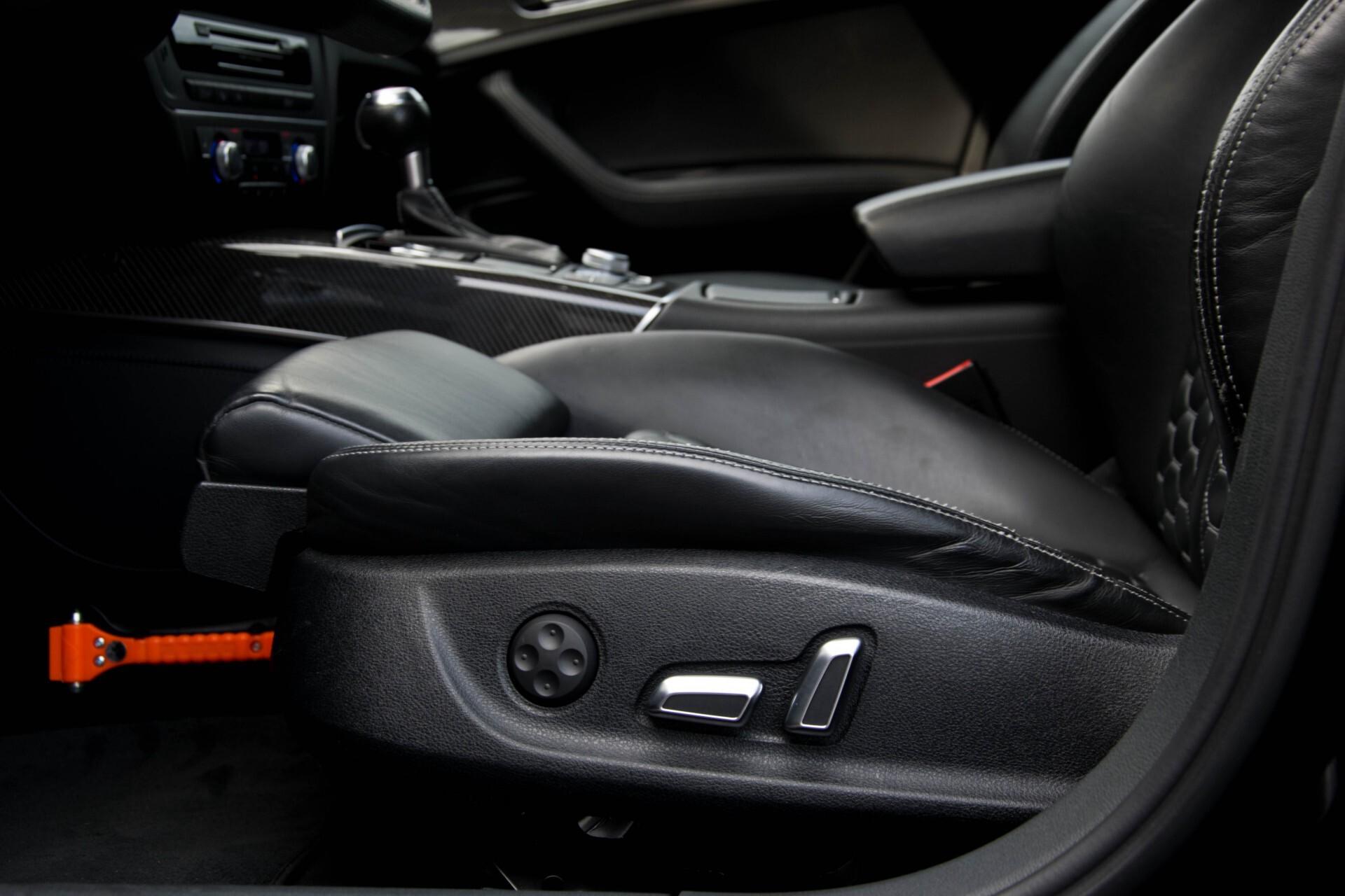 Audi RS6 Avant 4.0 TFSI Quattro B&O/Carbon/Head-Up/Nachtzicht/Exclusive/Camera/Keyless/Pano Aut8 Foto 36