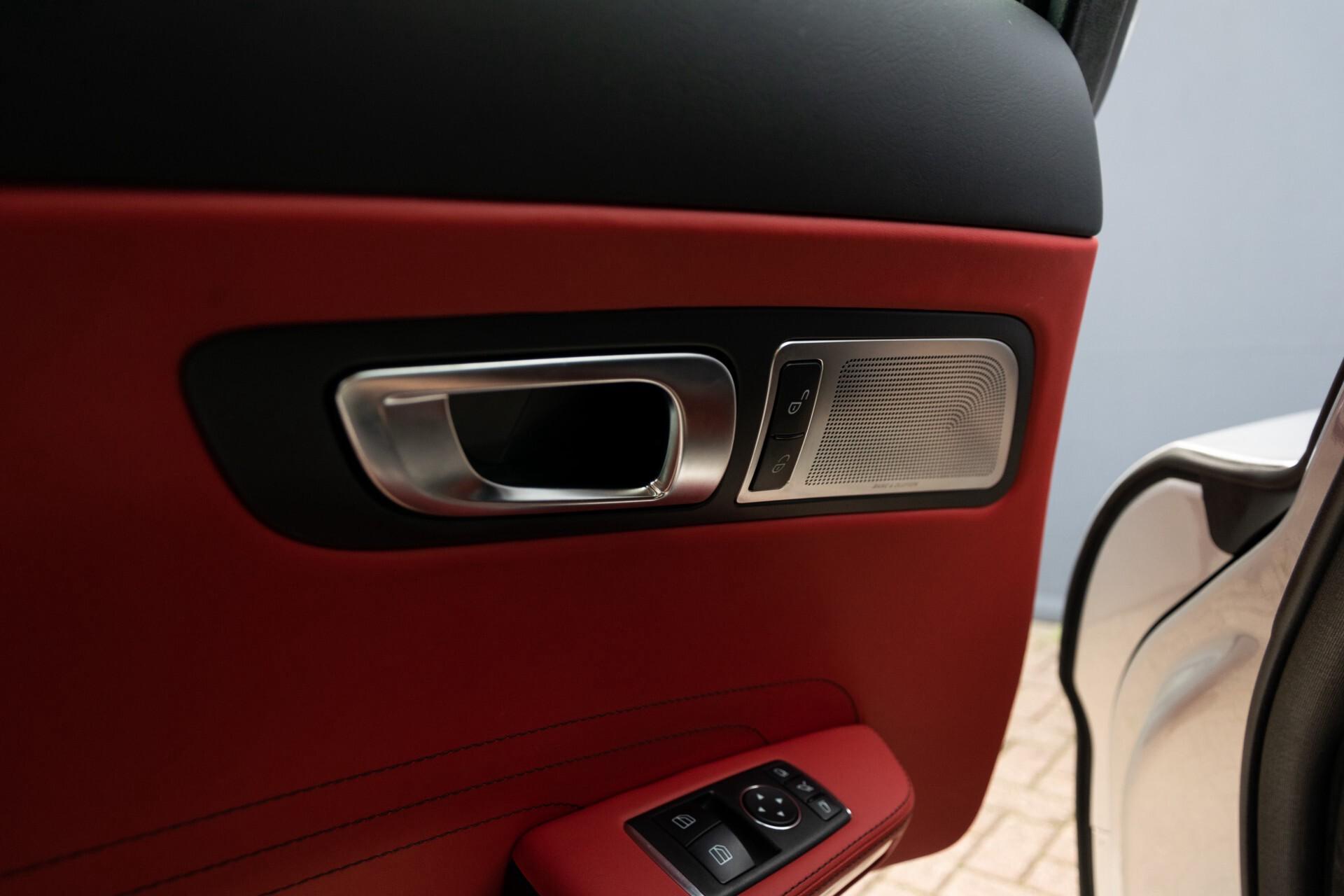 Mercedes-Benz SLS Coupé 6.3 AMG 1ste eigenaar/NL Auto FULL OPTIONS Aut7 Foto 15
