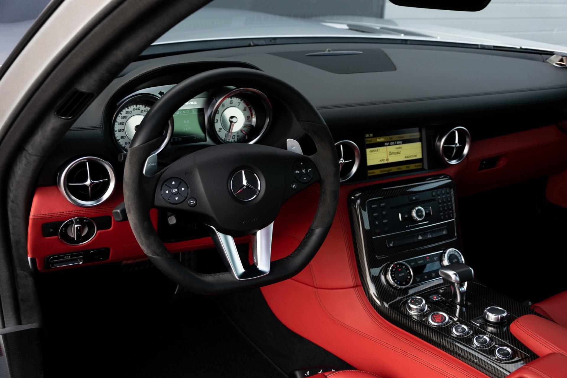 Mercedes-Benz SLS Coupé 6.3 AMG 1ste eigenaar/NL Auto FULL OPTIONS Aut7 Foto 19