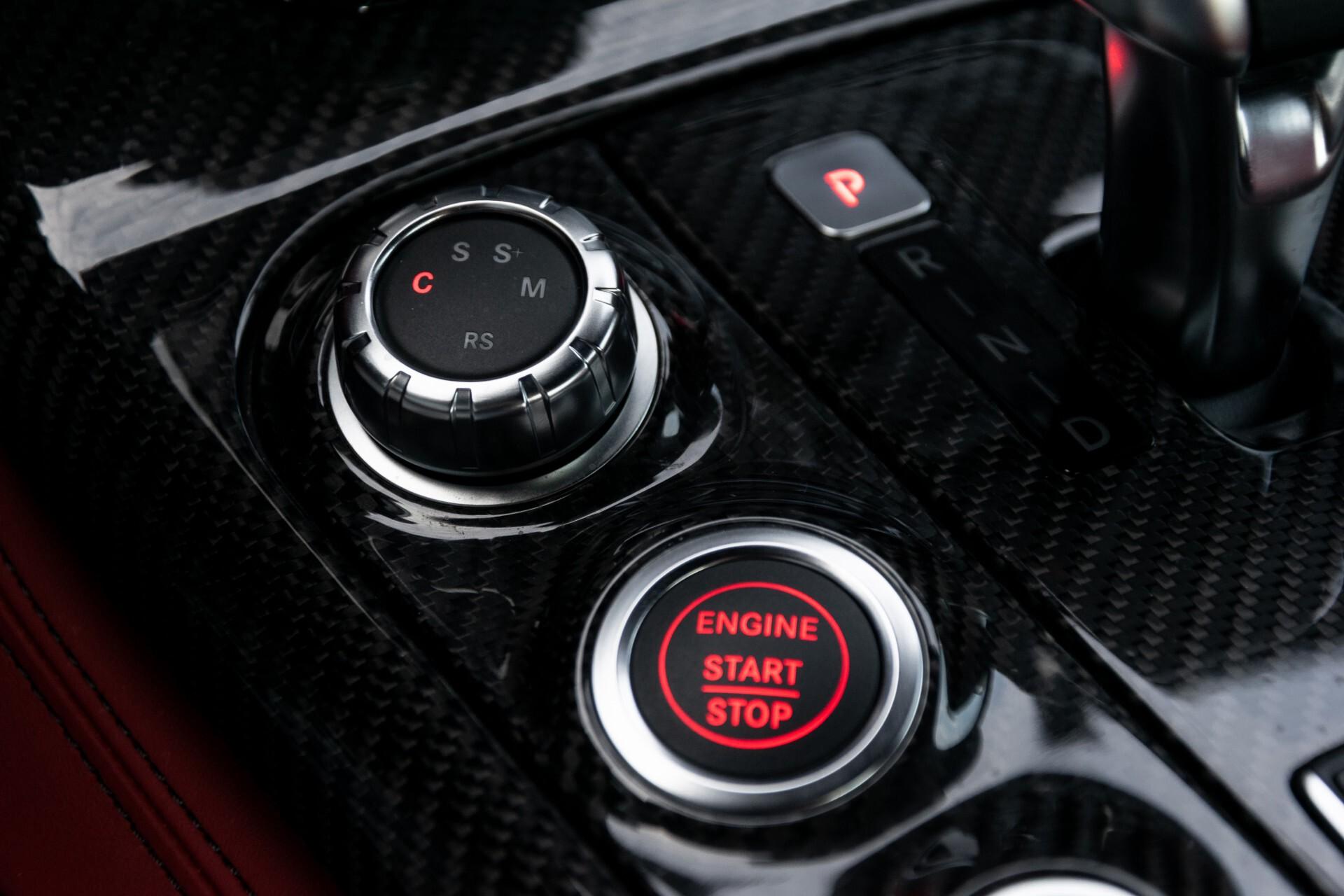 Mercedes-Benz SLS Coupé 6.3 AMG 1ste eigenaar/NL Auto FULL OPTIONS Aut7 Foto 34