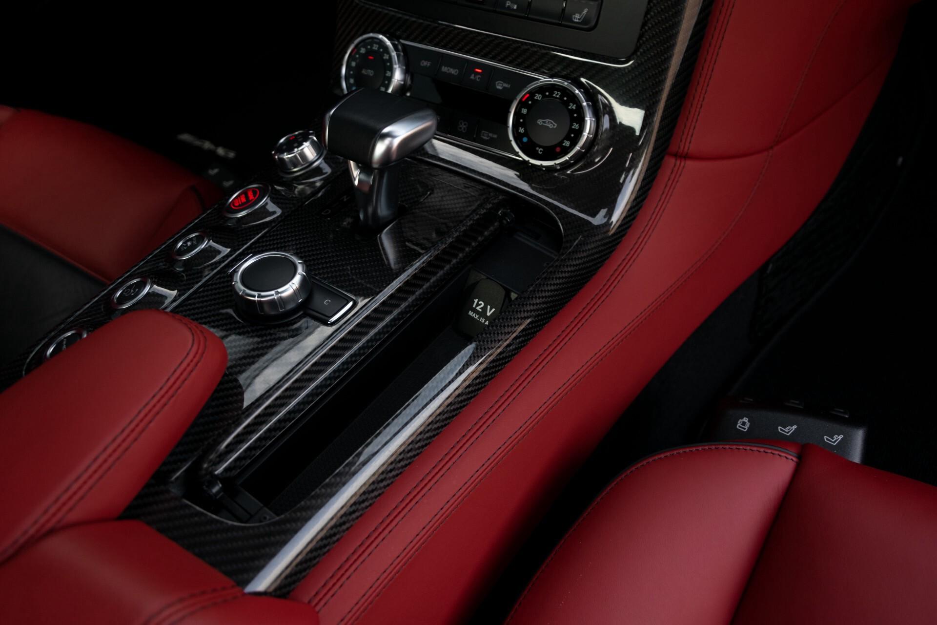Mercedes-Benz SLS Coupé 6.3 AMG 1ste eigenaar/NL Auto FULL OPTIONS Aut7 Foto 36