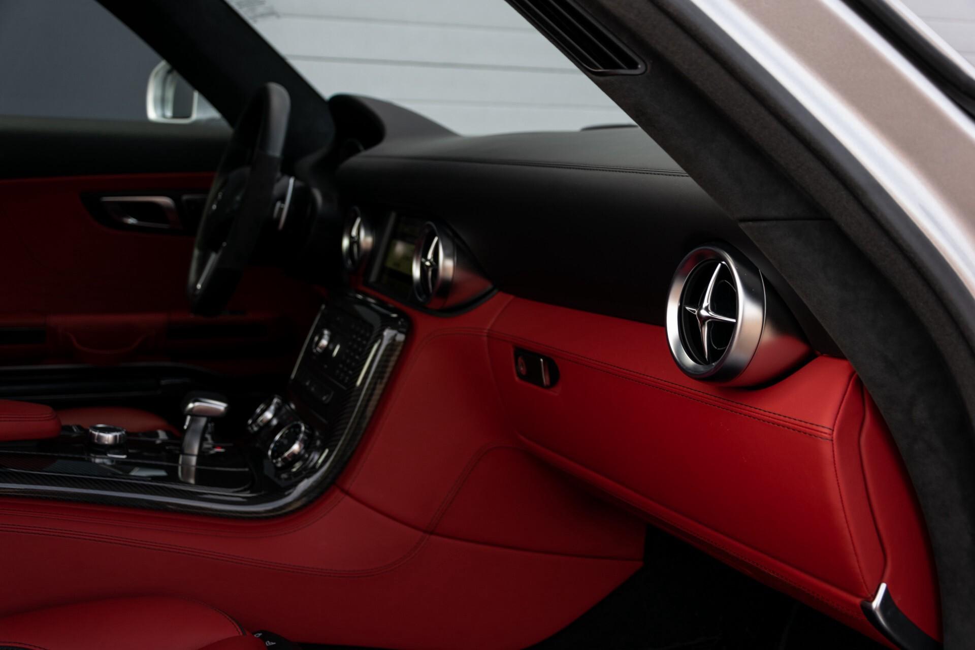 Mercedes-Benz SLS Coupé 6.3 AMG 1ste eigenaar/NL Auto FULL OPTIONS Aut7 Foto 38