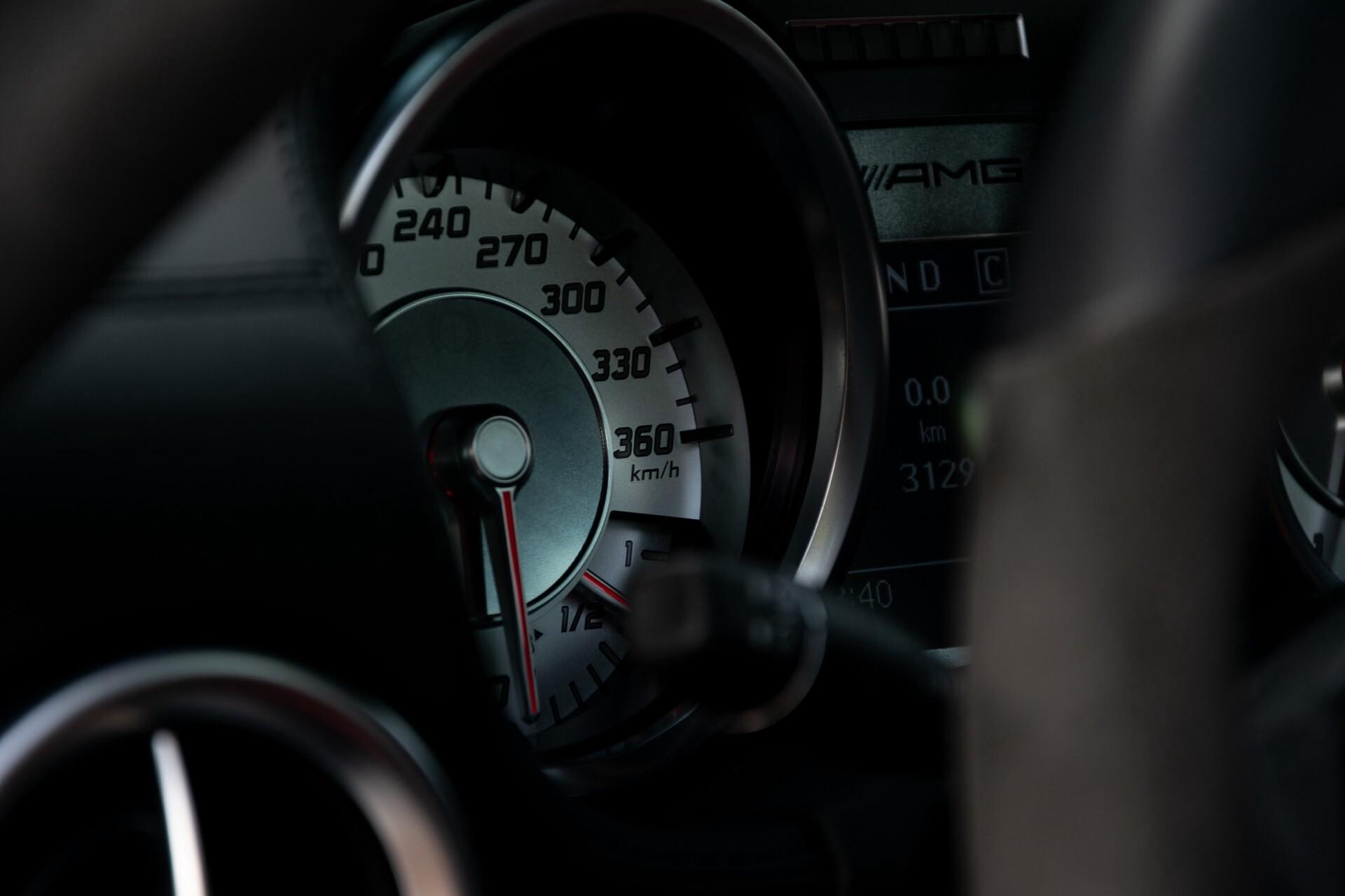 Mercedes-Benz SLS Coupé 6.3 AMG 1ste eigenaar/NL Auto FULL OPTIONS Aut7 Foto 39