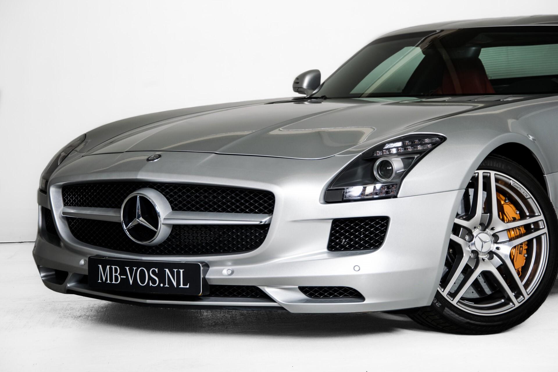 Mercedes-Benz SLS-Klasse Coupe 6.3 AMG 1ste eigenaar/NL Auto FULL OPTIONS Aut7 Foto 55