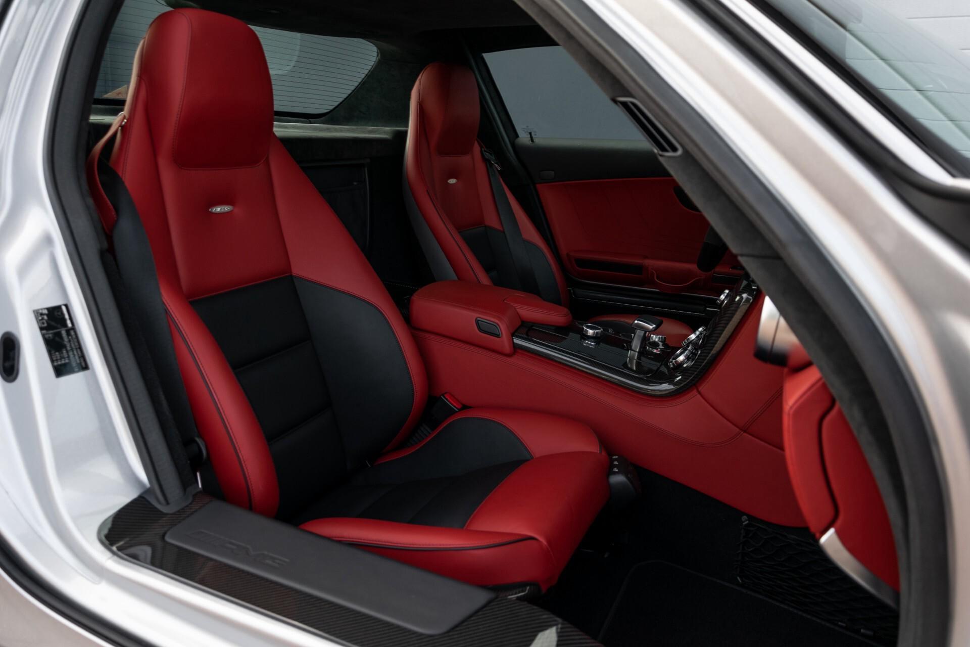 Mercedes-Benz SLS Coupé 6.3 AMG 1ste eigenaar/NL Auto FULL OPTIONS Aut7 Foto 6
