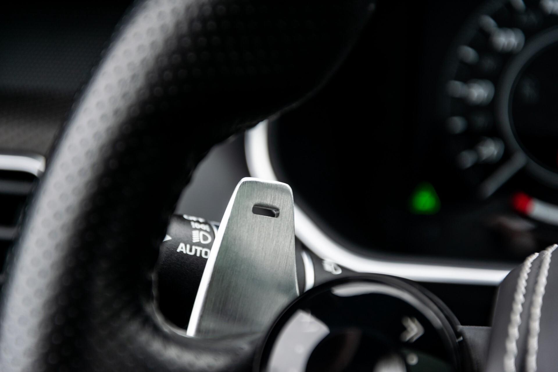 Land Rover Range Rover Sport SVR 5.0 Supercharged 575pk Full Carbon Nieuwprijs €241377 Foto 11