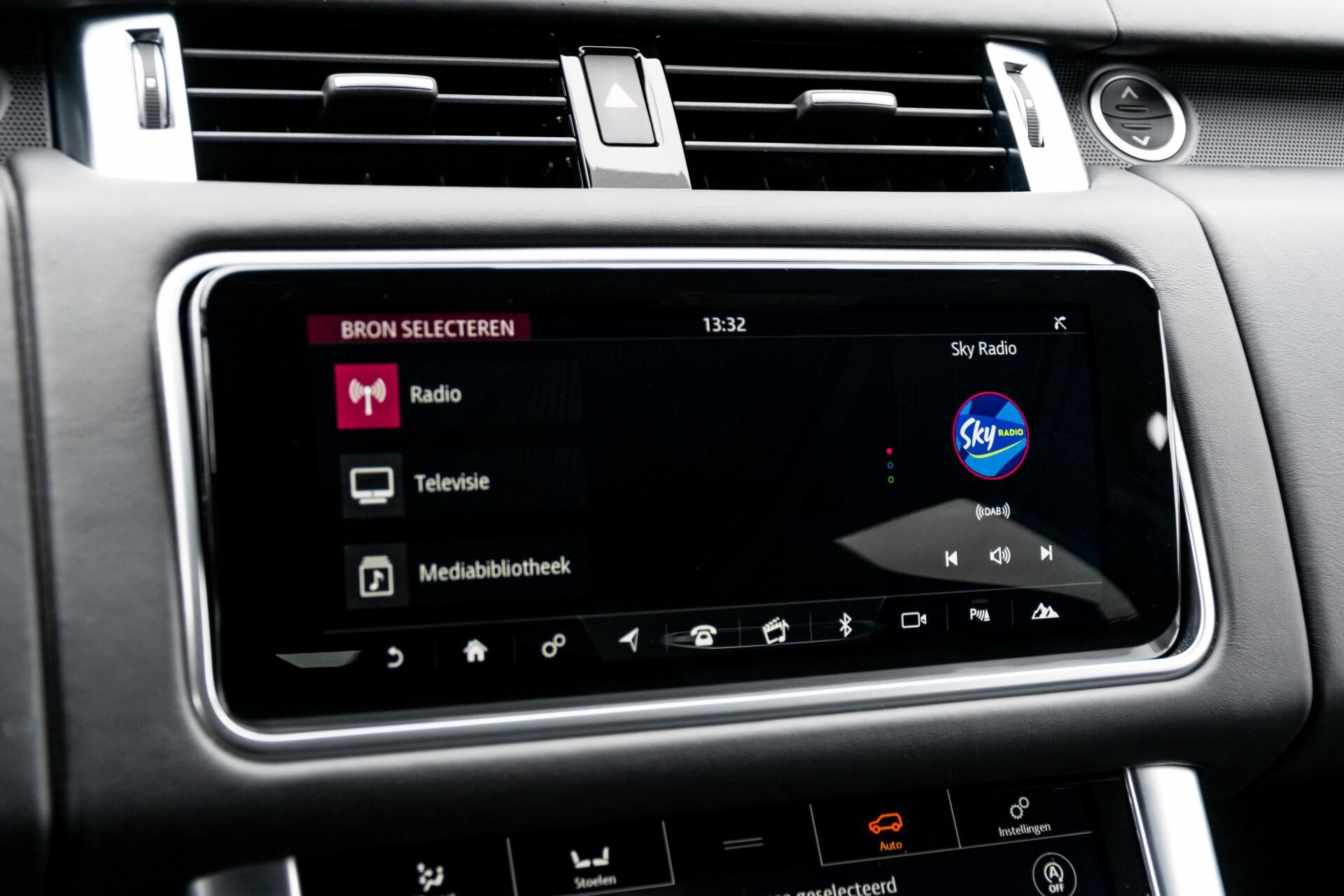 Land Rover Range Rover Sport SVR 5.0 Supercharged 575pk Full Carbon Nieuwprijs €241377 Foto 22