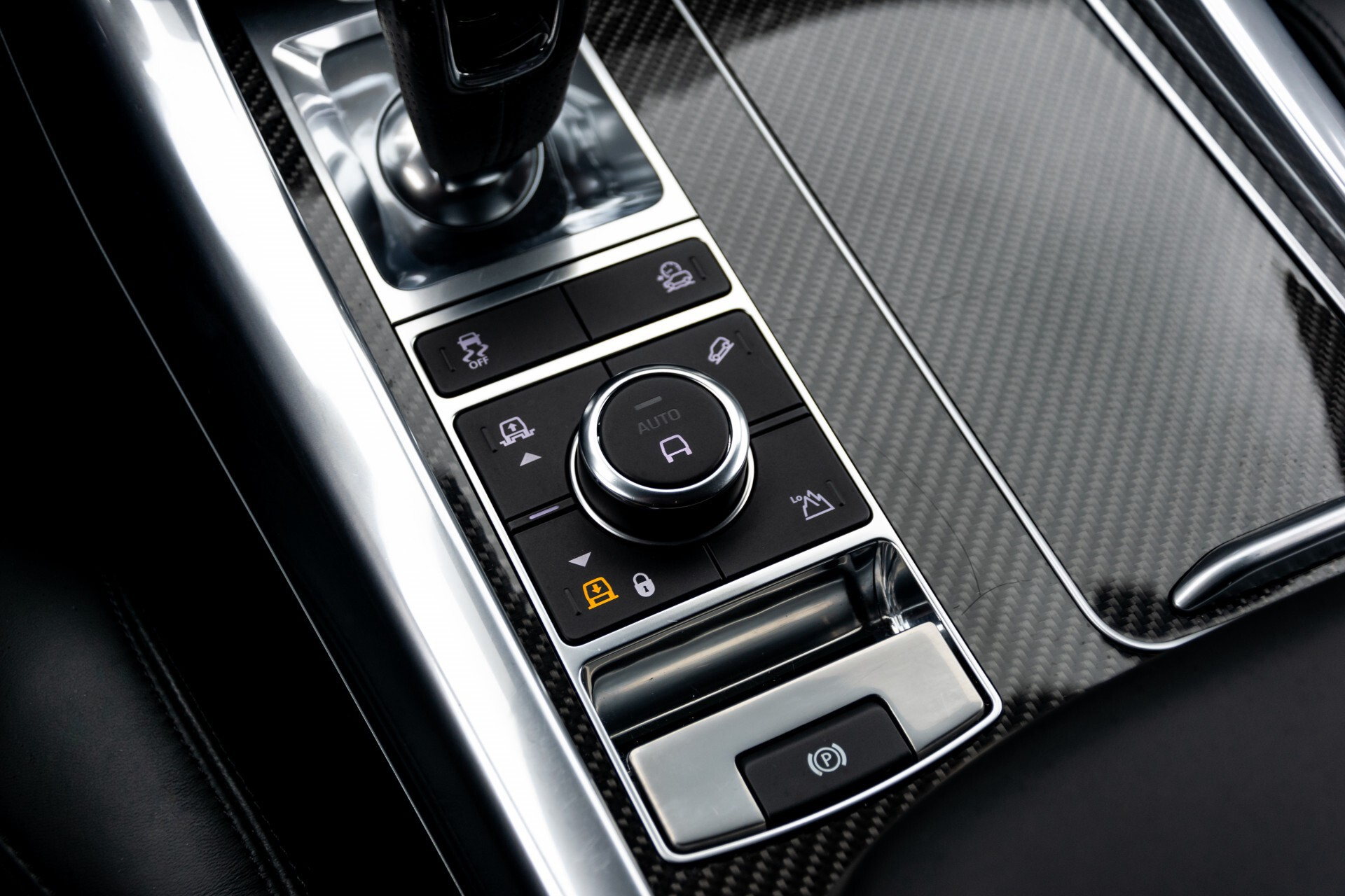 Land Rover Range Rover Sport SVR 5.0 Supercharged 575pk Full Carbon Nieuwprijs €241377 Foto 26