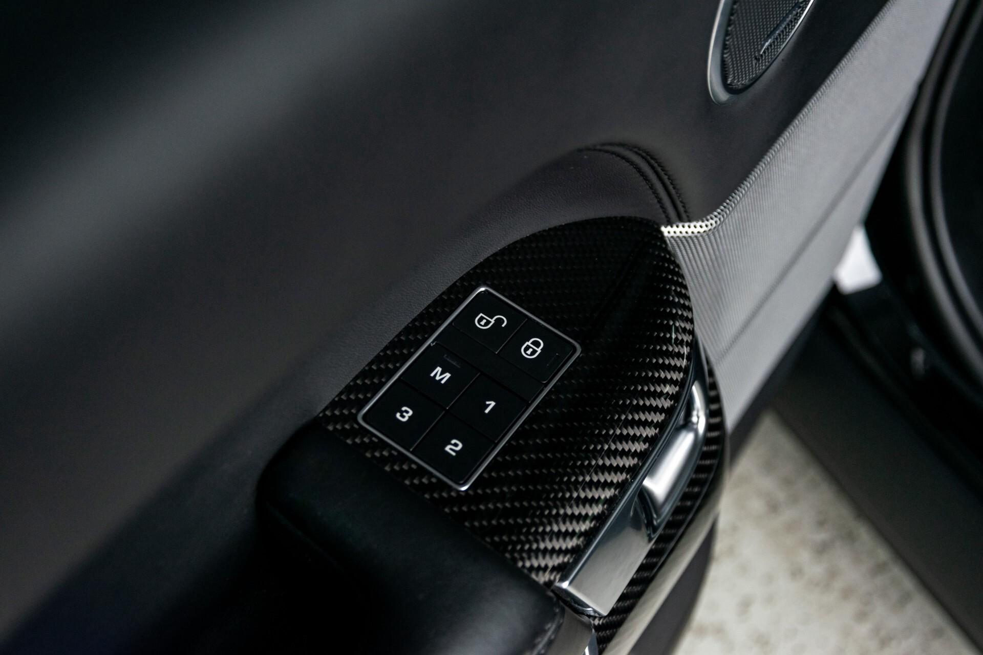 Land Rover Range Rover Sport SVR 5.0 Supercharged 575pk Full Carbon Nieuwprijs €241377 Foto 32