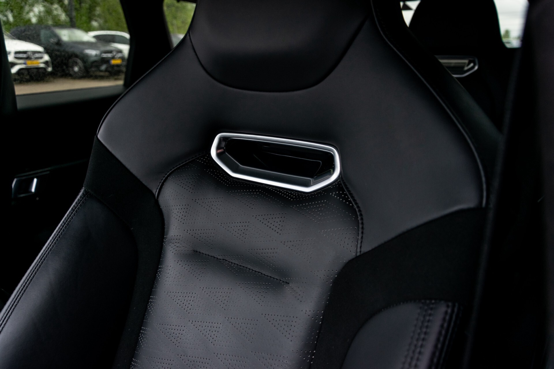 Land Rover Range Rover Sport SVR 5.0 Supercharged 575pk Full Carbon Nieuwprijs €241377 Foto 43